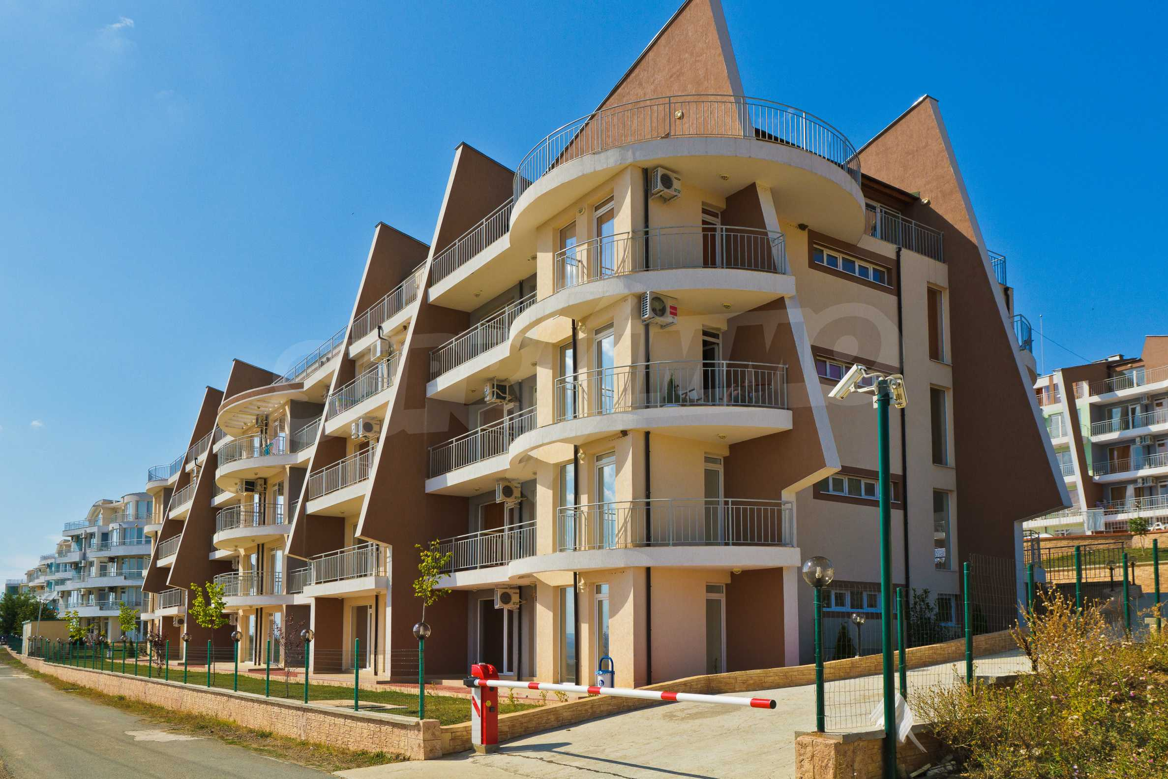 Sunset Kosharitsa - Apartments in einem attraktiven Berg- und Seekomplex, 5 Autominuten vom Sonnenstrand entfernt 33