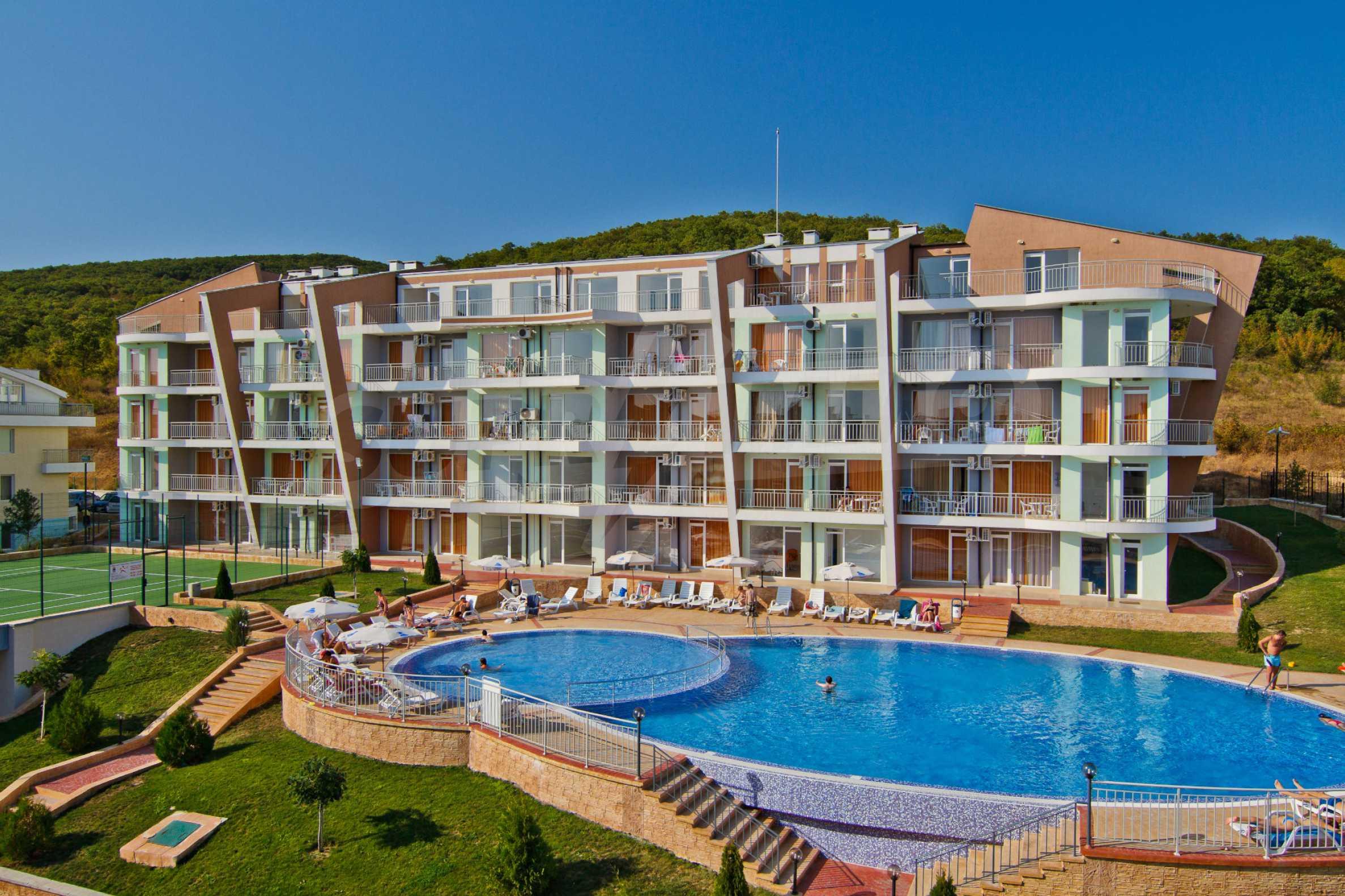 Sunset Kosharitsa - Apartments in einem attraktiven Berg- und Seekomplex, 5 Autominuten vom Sonnenstrand entfernt 1