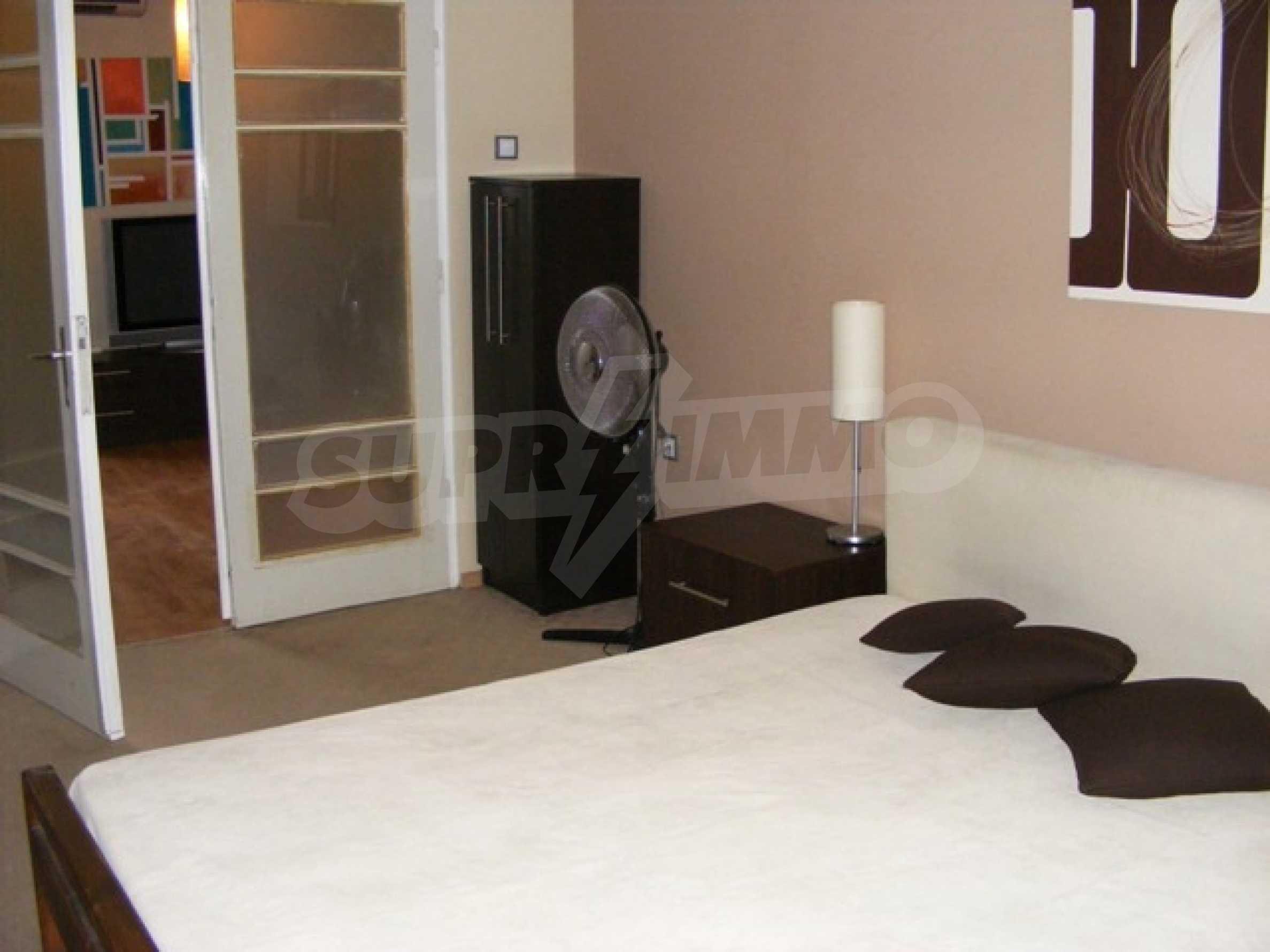 Тристаен апартамент Капитан - под наем в центъра на Варна 16