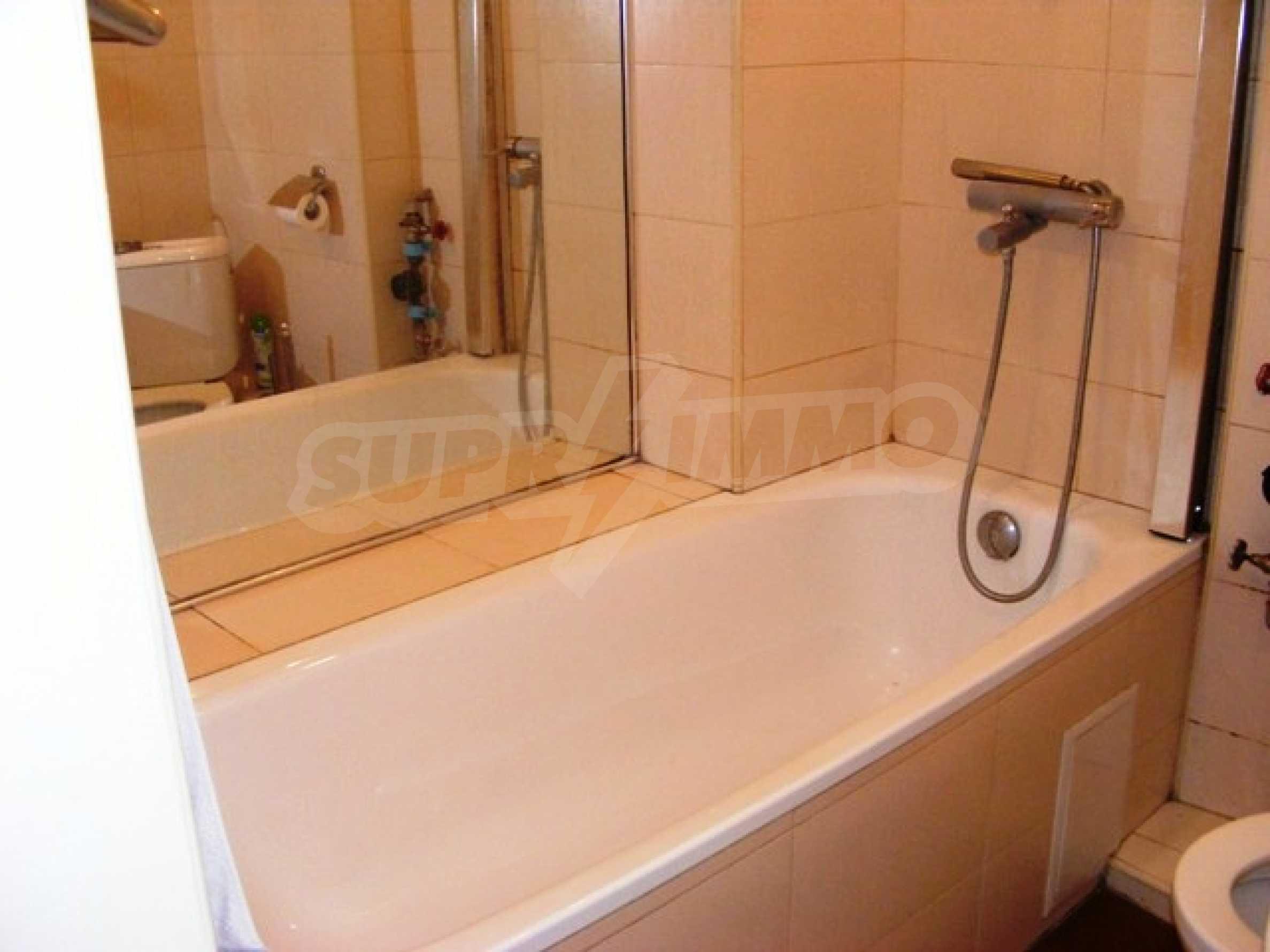 Тристаен апартамент Капитан - под наем в центъра на Варна 19