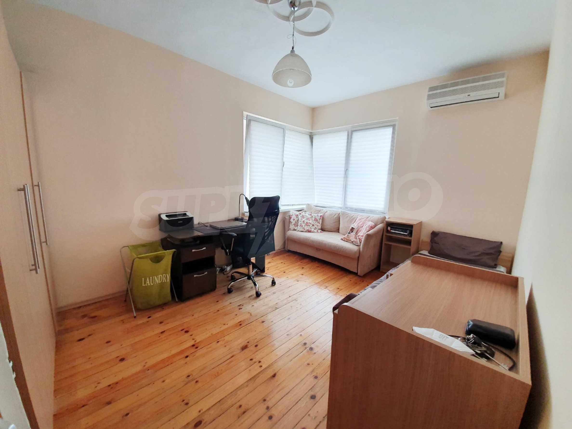 Тристаен апартамент Капитан - под наем в центъра на Варна 3
