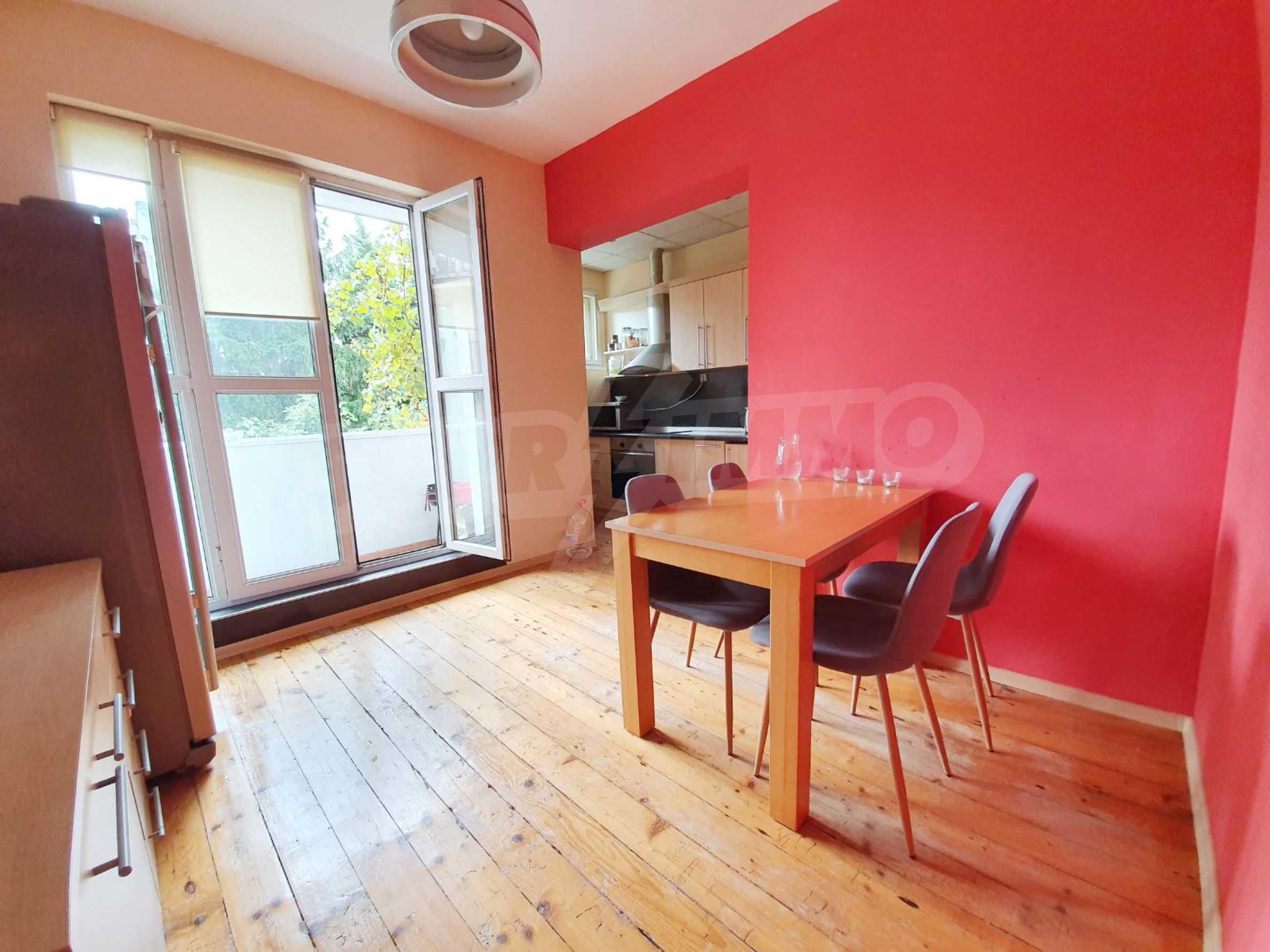 Тристаен апартамент Капитан - под наем в центъра на Варна 7