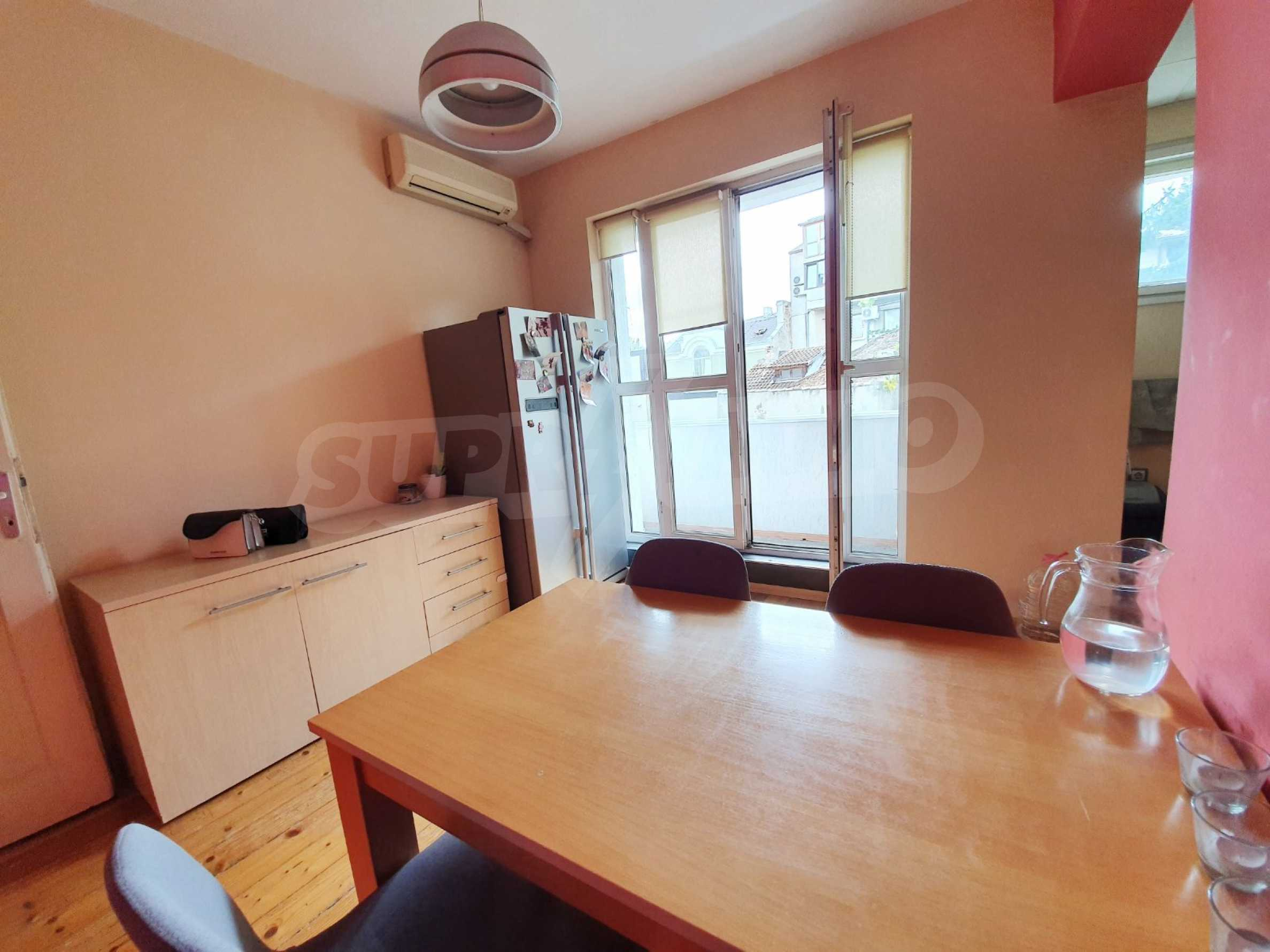Тристаен апартамент Капитан - под наем в центъра на Варна 8