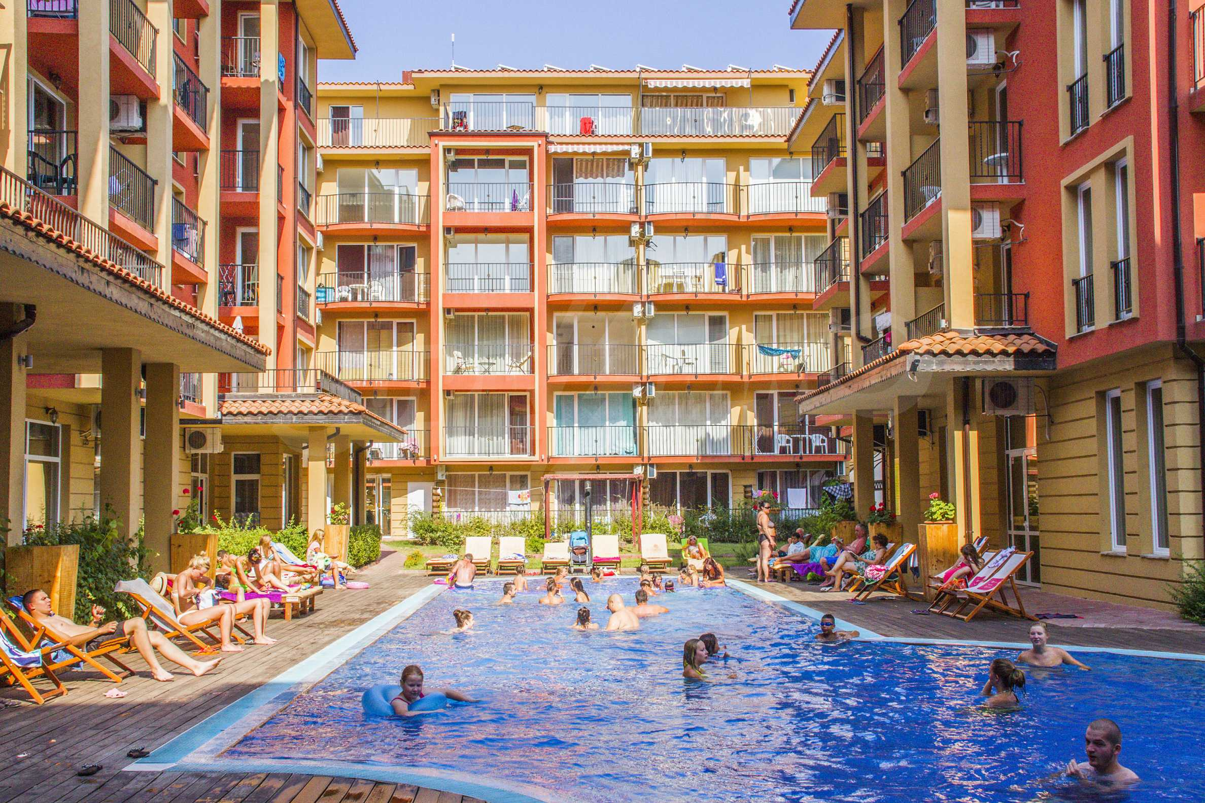 Newly furnished studio in Sunny View Central near Cacao Beach 4