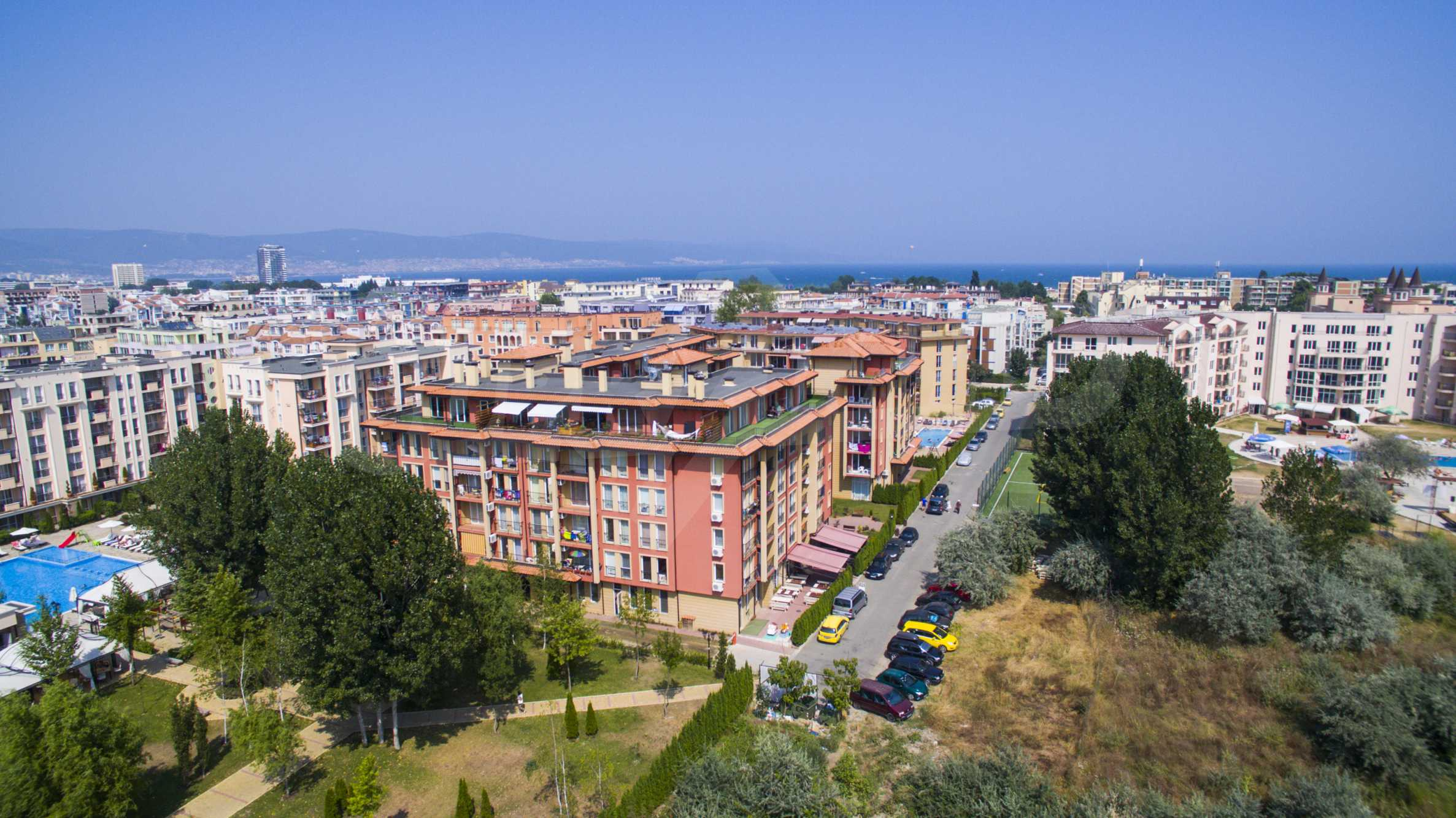 Newly furnished studio in Sunny View Central near Cacao Beach 6
