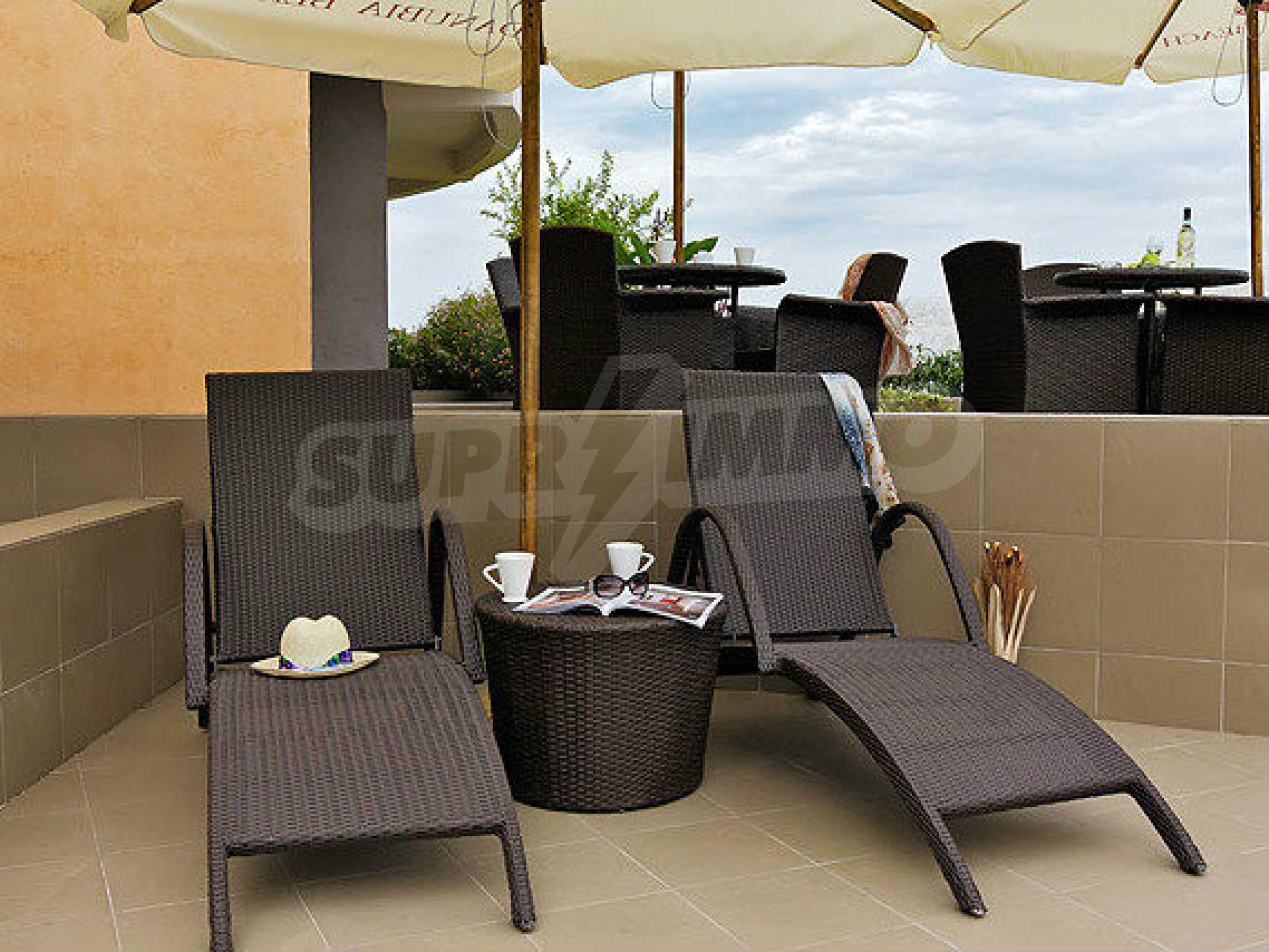 Café-Bar mit ausgestatteter Küche in Danubia Beach neben Widin und Fluss Donau 8