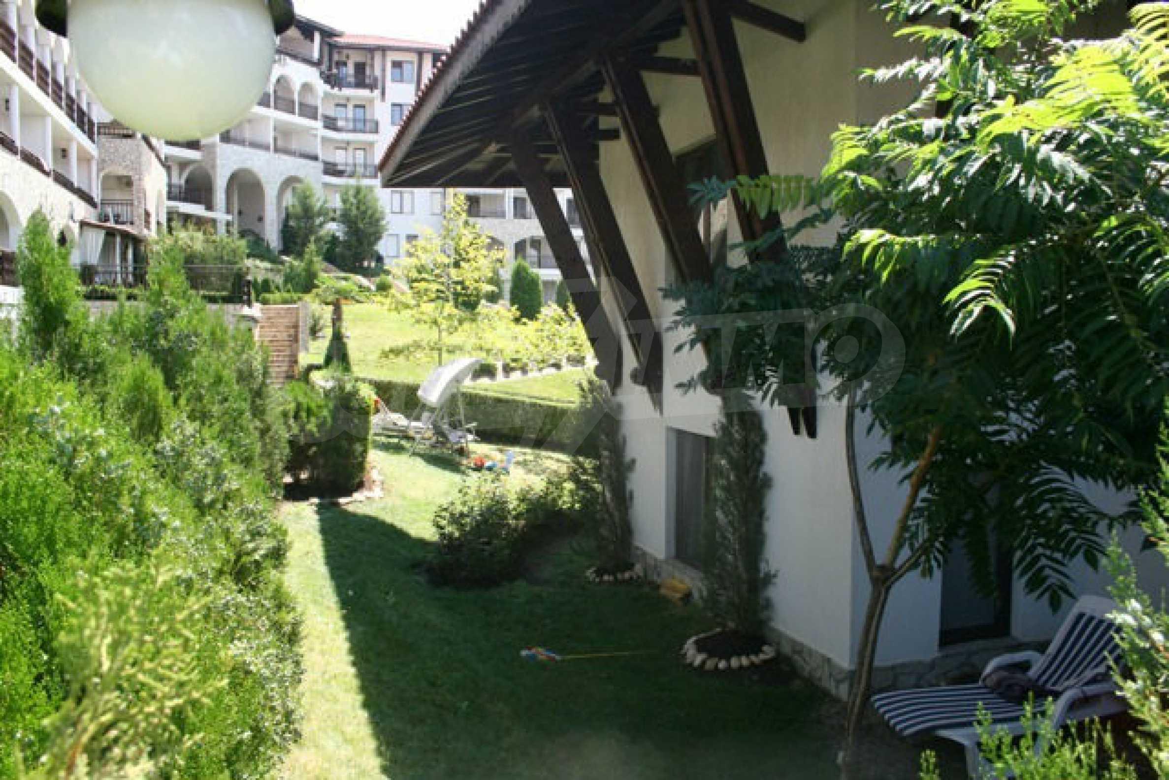 Große Wohnung in erster Meereslinie in Saint Vlas 31
