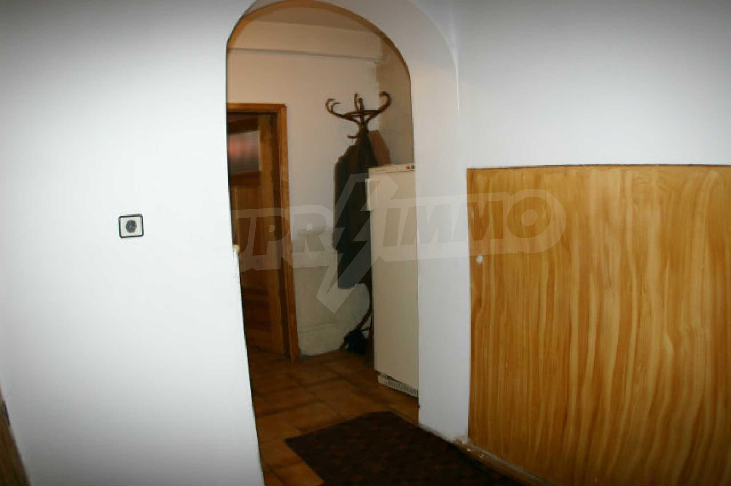 Zweistöckiges Haus in Bansko 10
