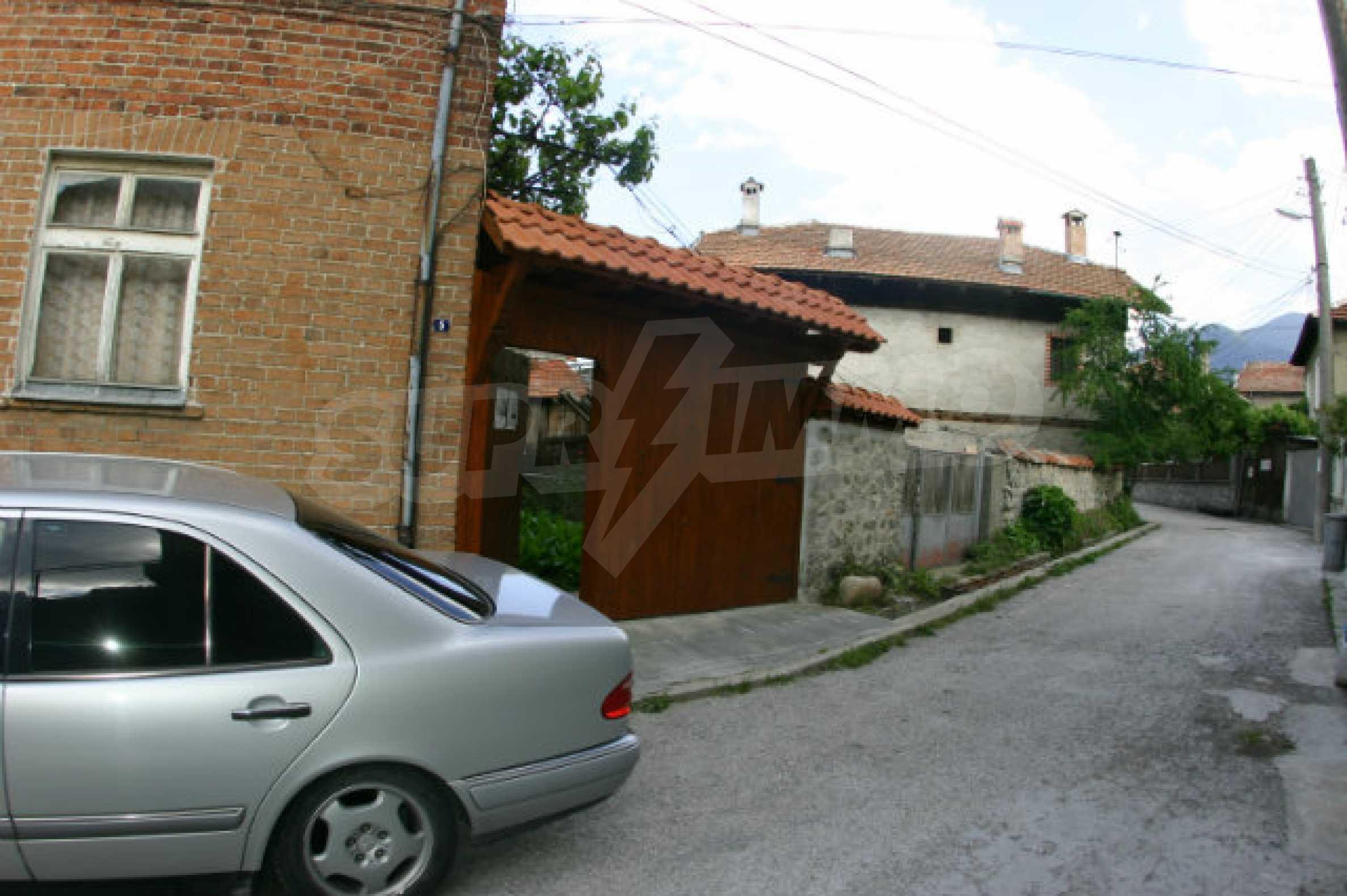 Zweistöckiges Haus in Bansko 2