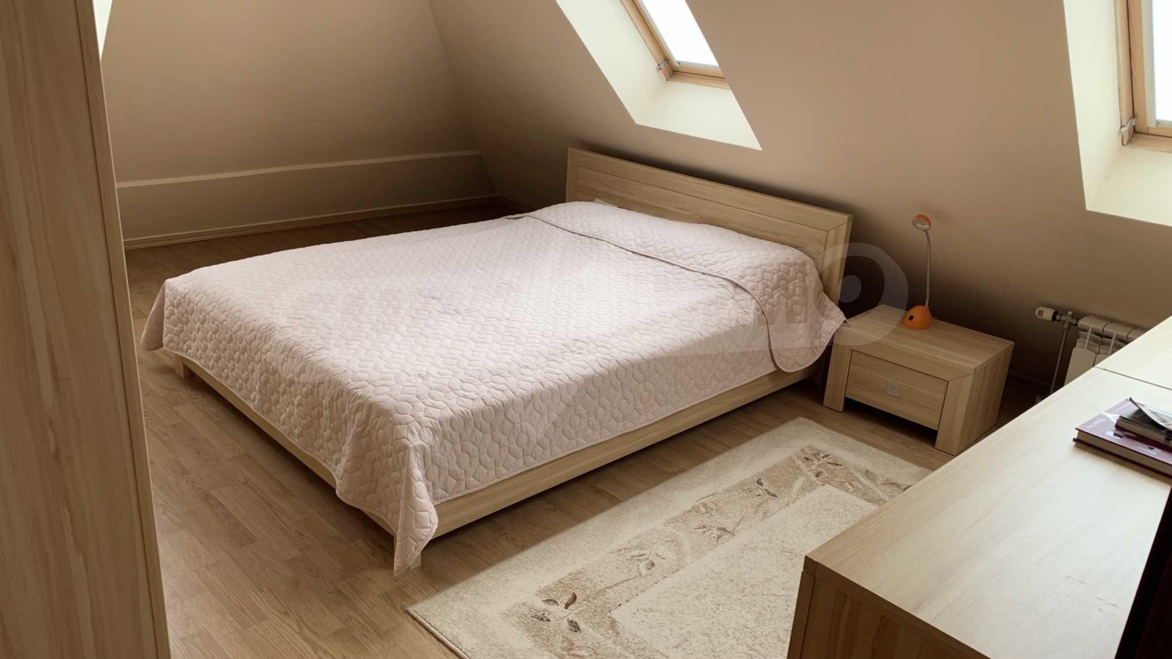 """Apartment \ """"Prism \"""" - Penthouse mit einem Schlafzimmer zur Miete im Zentrum von Varna 9"""