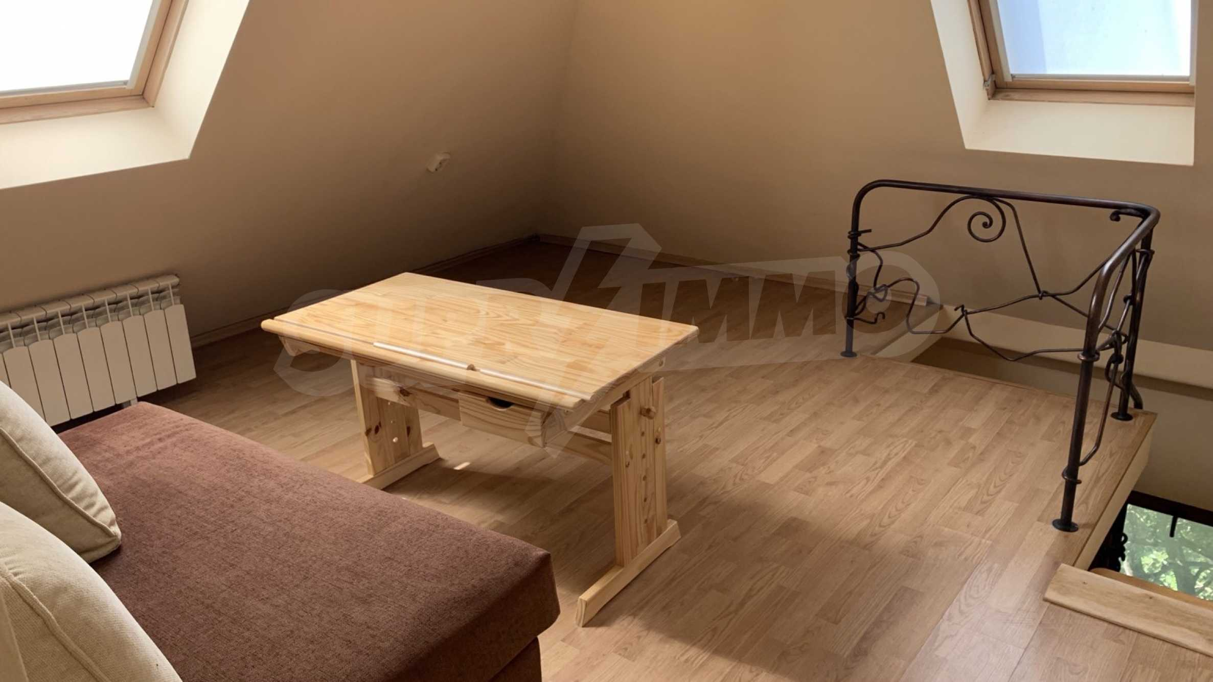 """Apartment \ """"Prism \"""" - Penthouse mit einem Schlafzimmer zur Miete im Zentrum von Varna 12"""