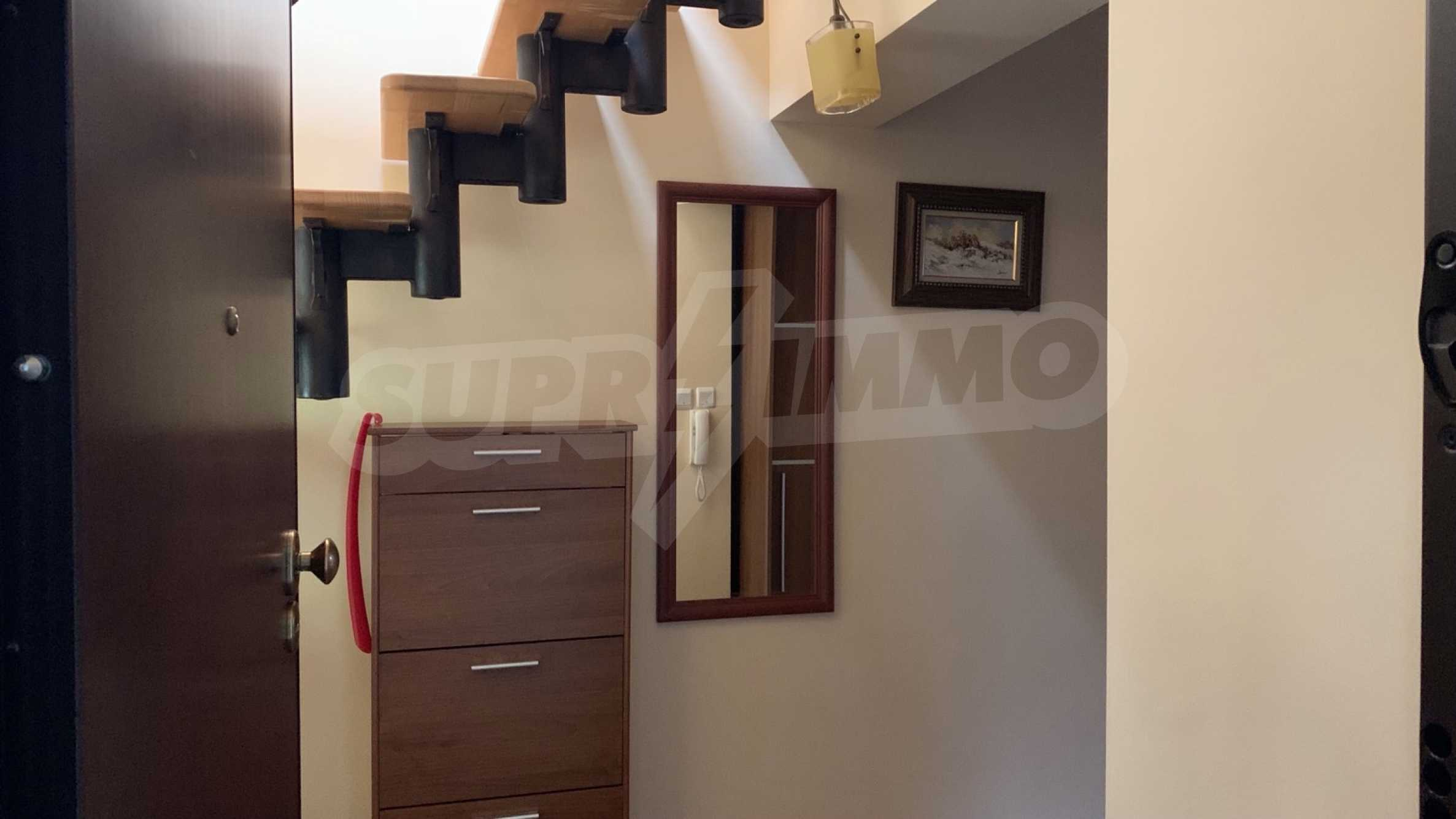 """Apartment \ """"Prism \"""" - Penthouse mit einem Schlafzimmer zur Miete im Zentrum von Varna 14"""