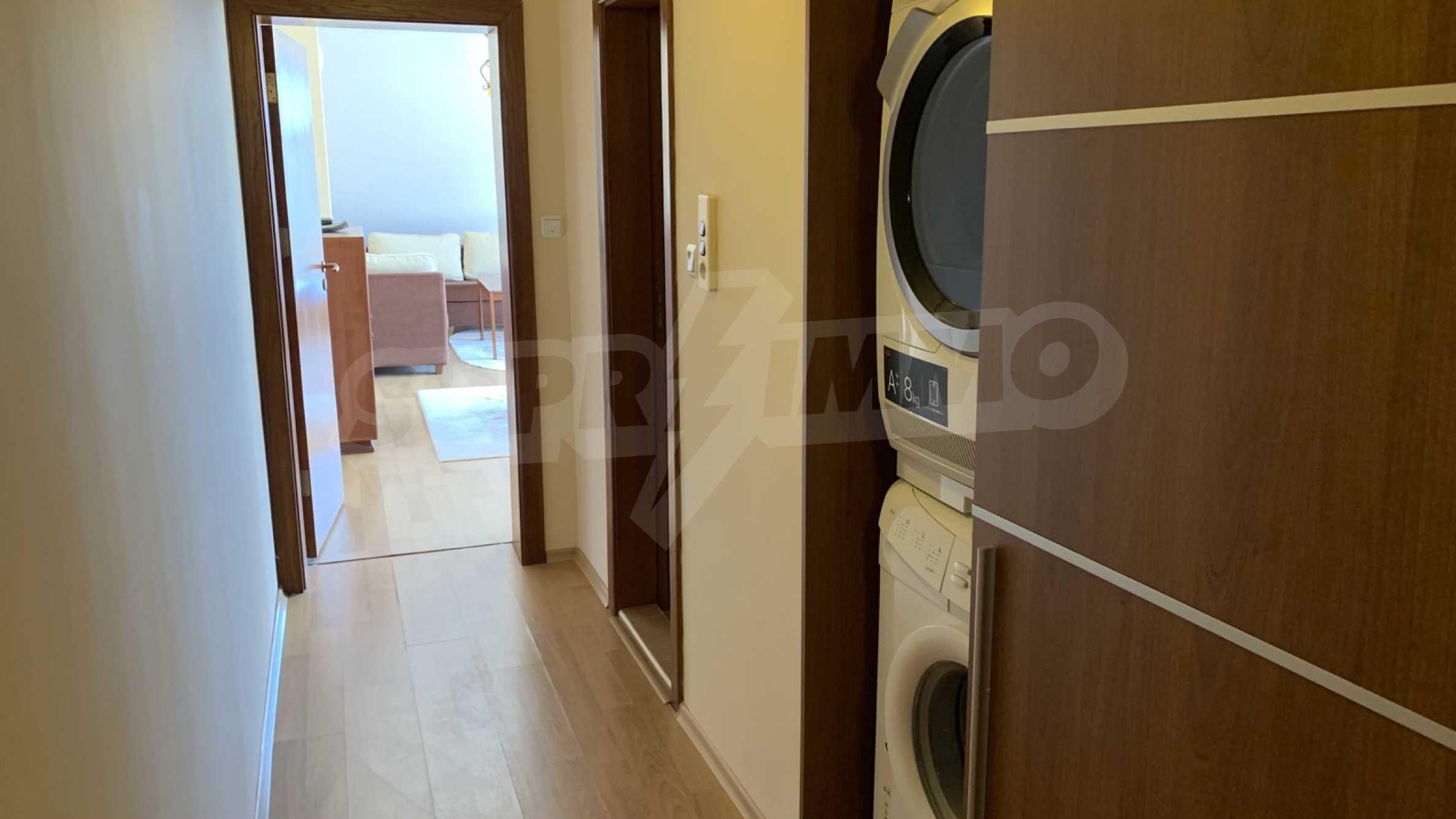 """Apartment \ """"Prism \"""" - Penthouse mit einem Schlafzimmer zur Miete im Zentrum von Varna 15"""