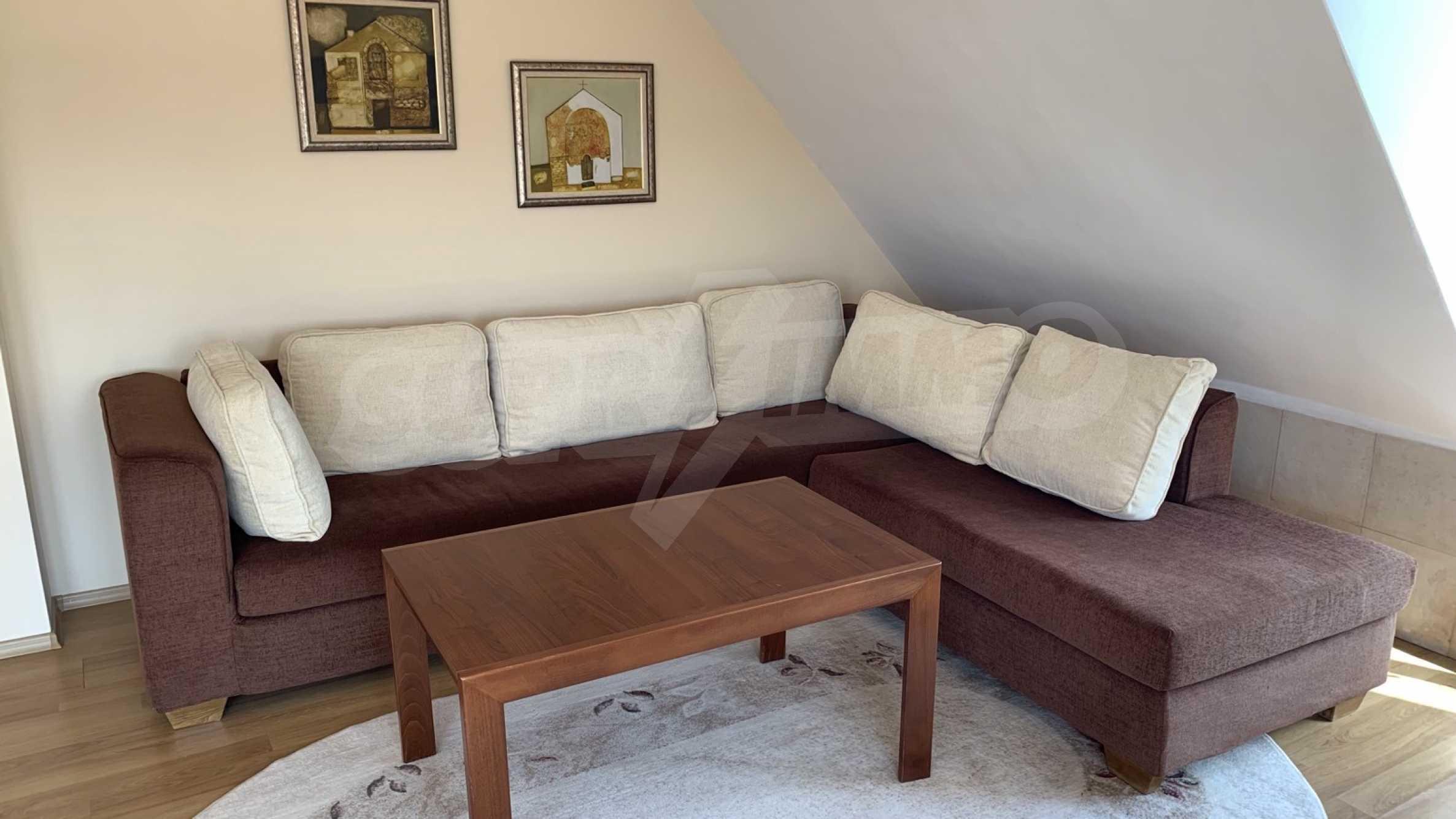 """Apartment \ """"Prism \"""" - Penthouse mit einem Schlafzimmer zur Miete im Zentrum von Varna 3"""