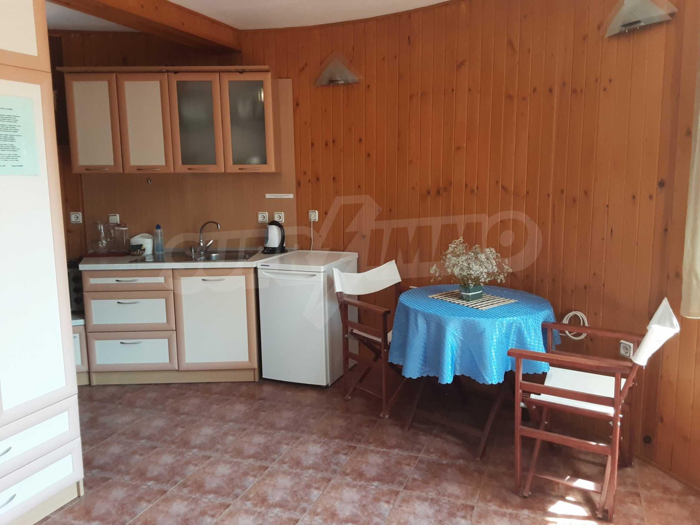 Кръгла еко къща във вилно селище в Троянския Балкан  9