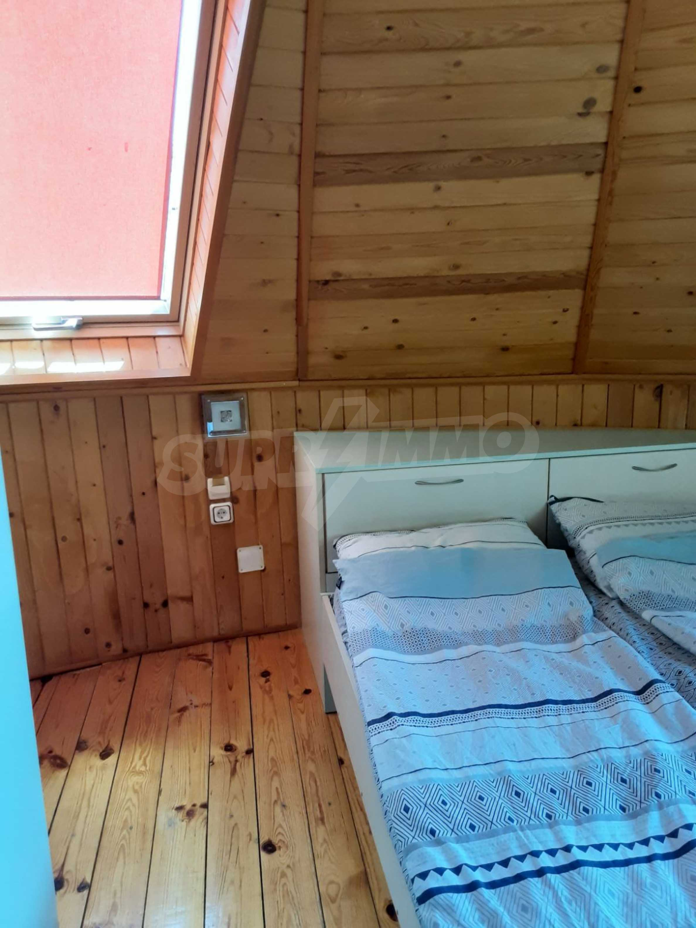 Кръгла еко къща във вилно селище в Троянския Балкан  13
