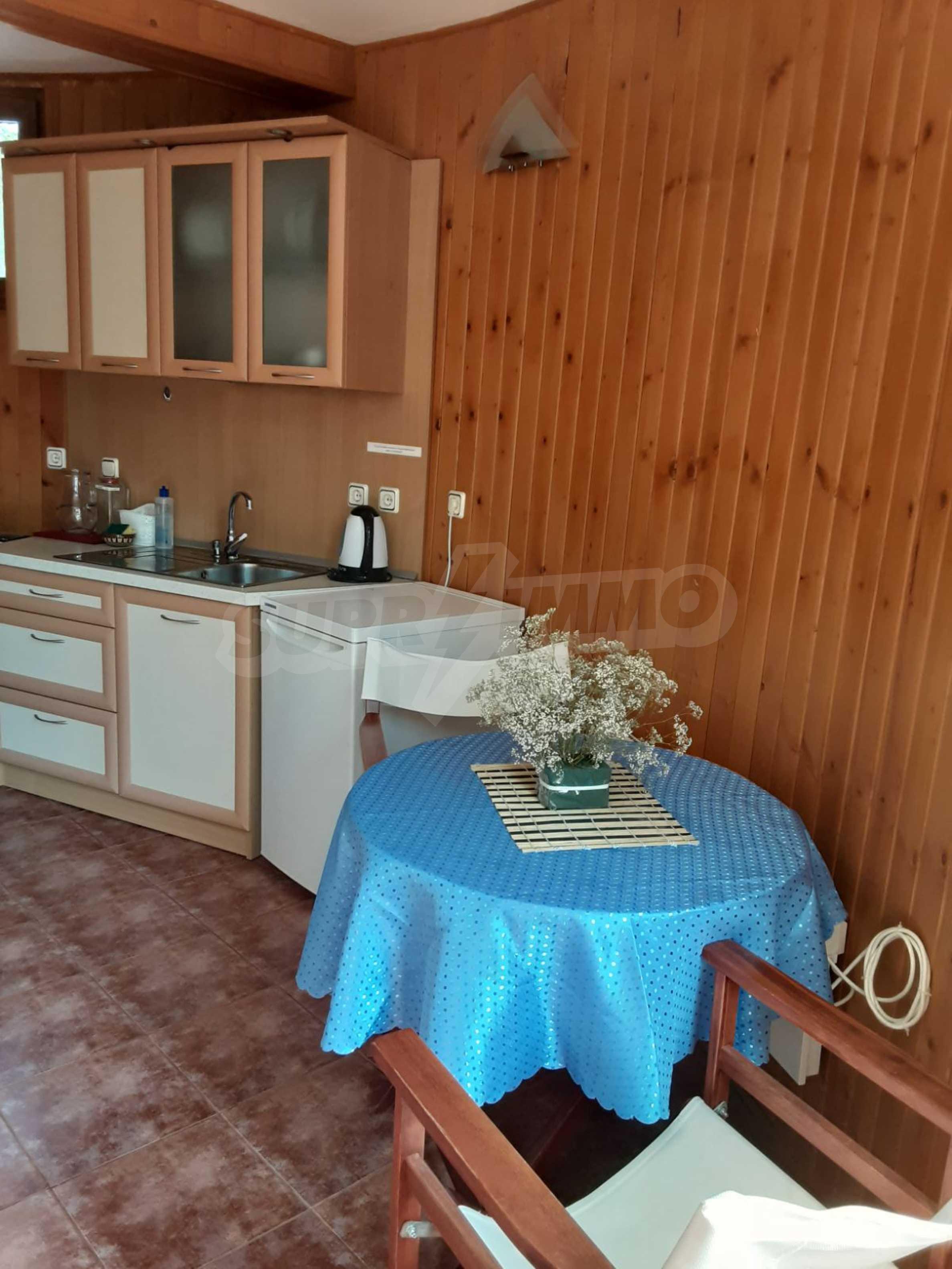 Кръгла еко къща във вилно селище в Троянския Балкан  8