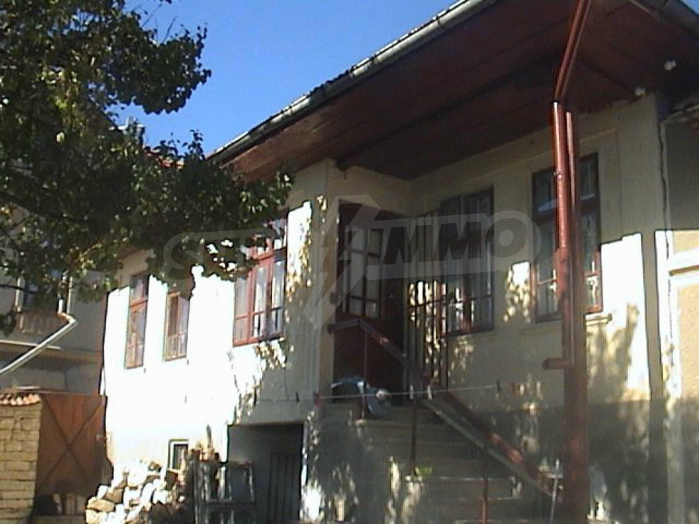 Renoviertes und möbliertes Haus in einem Dorf 35 km von Veliko Tarnovo entfernt