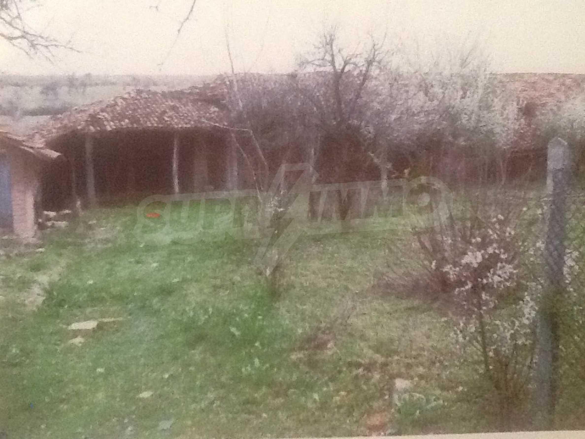 Renoviertes und möbliertes Haus in einem Dorf 35 km von Veliko Tarnovo entfernt 17