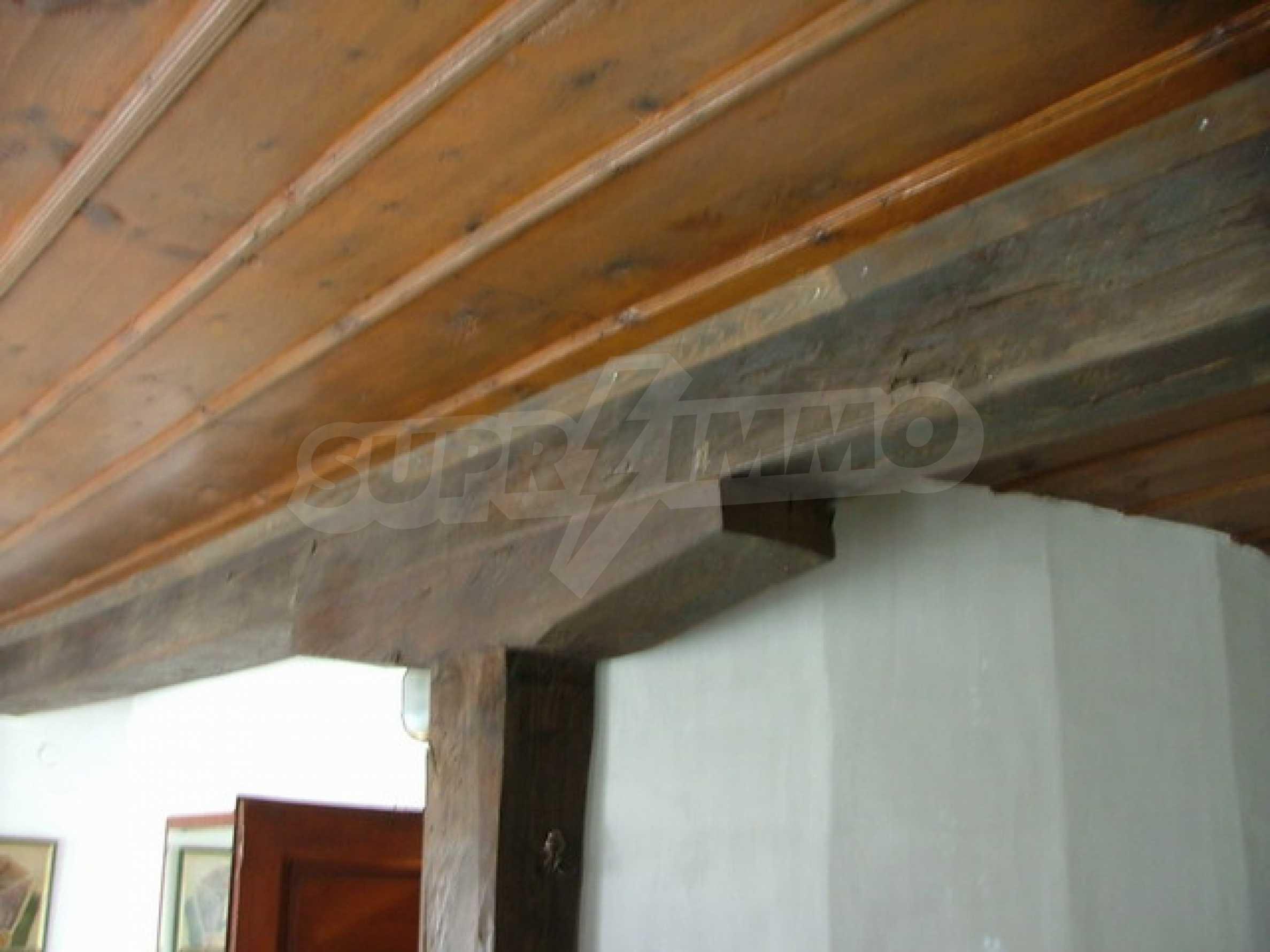Стилно реновирана вила на 12 км. от В. Търново 17