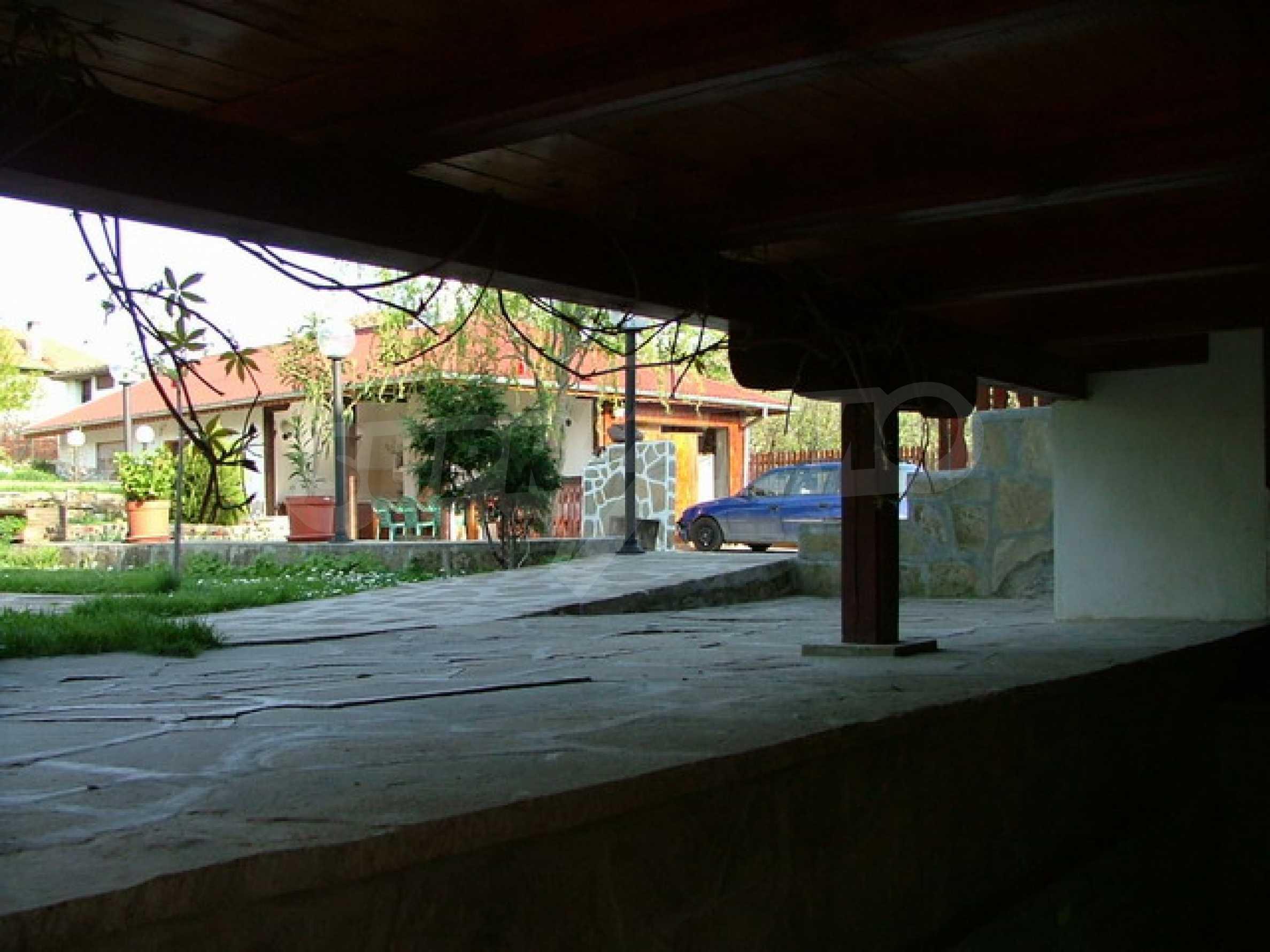 Стилно реновирана вила на 12 км. от В. Търново 20