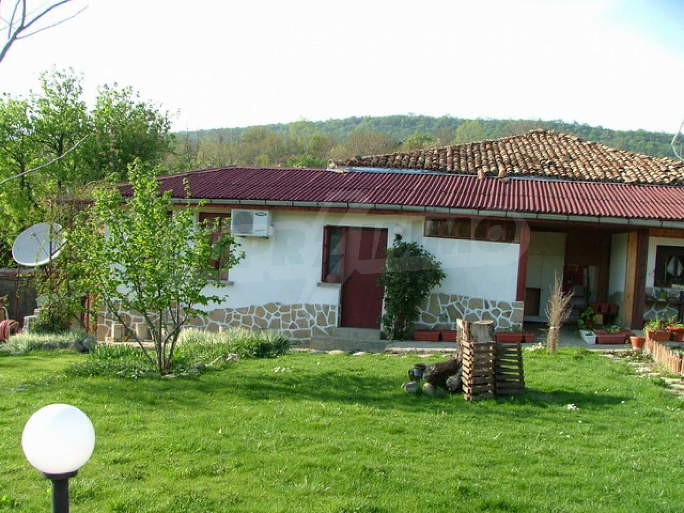 Стилно реновирана вила на 12 км. от В. Търново 24