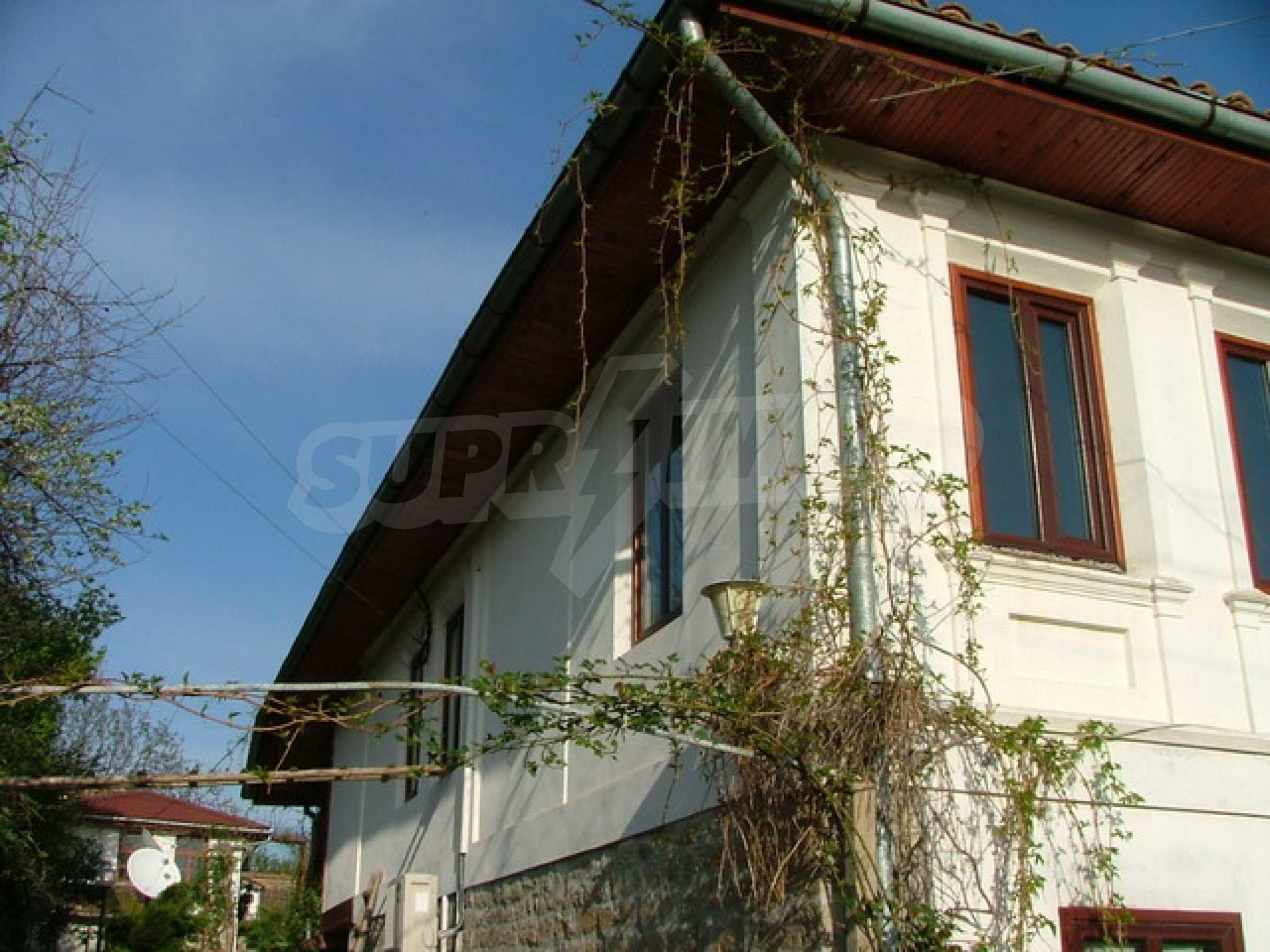 Стилно реновирана вила на 12 км. от В. Търново 32