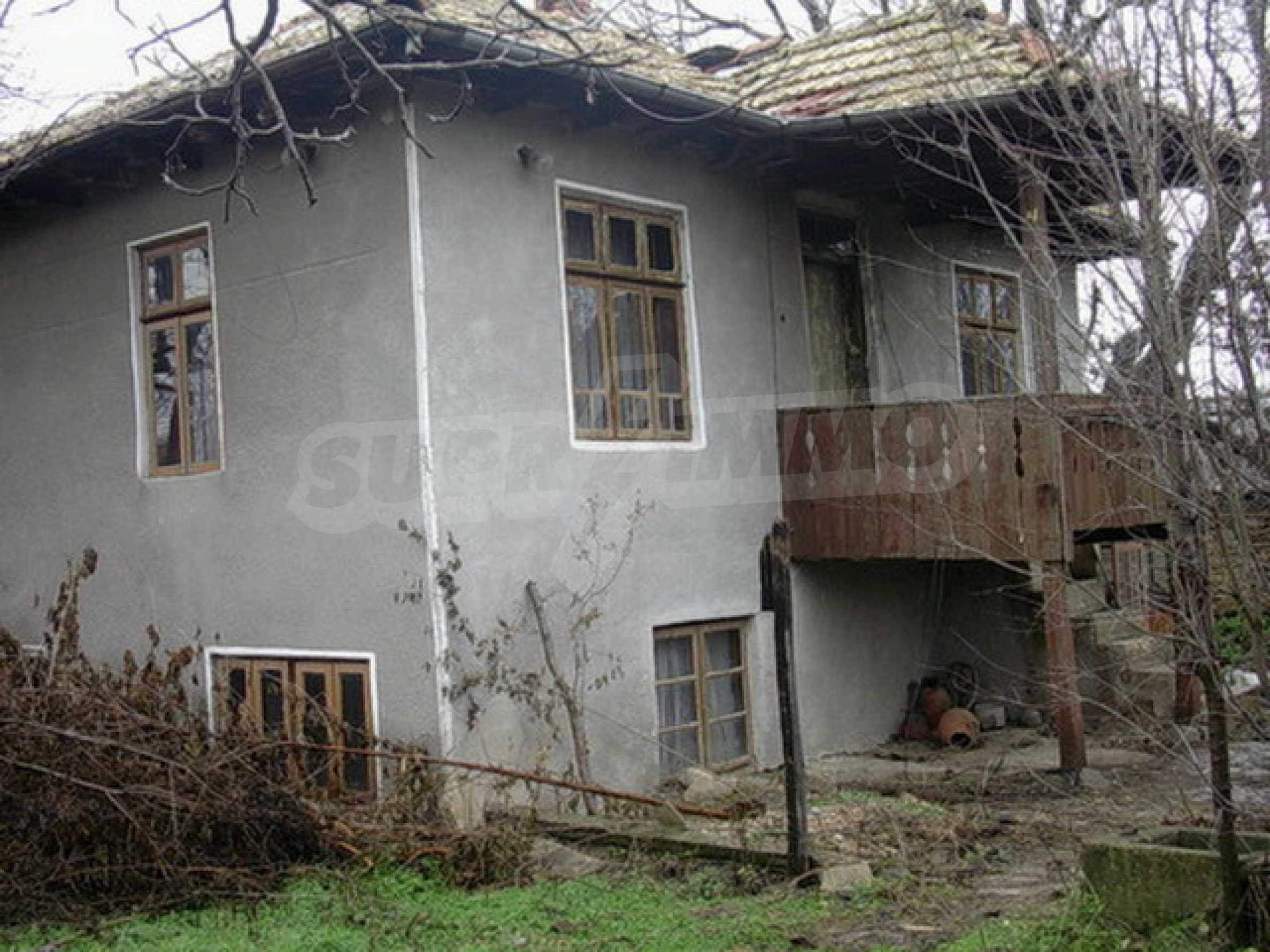 Двуетажна къща в развито село на 37 км от Велико Търново 5