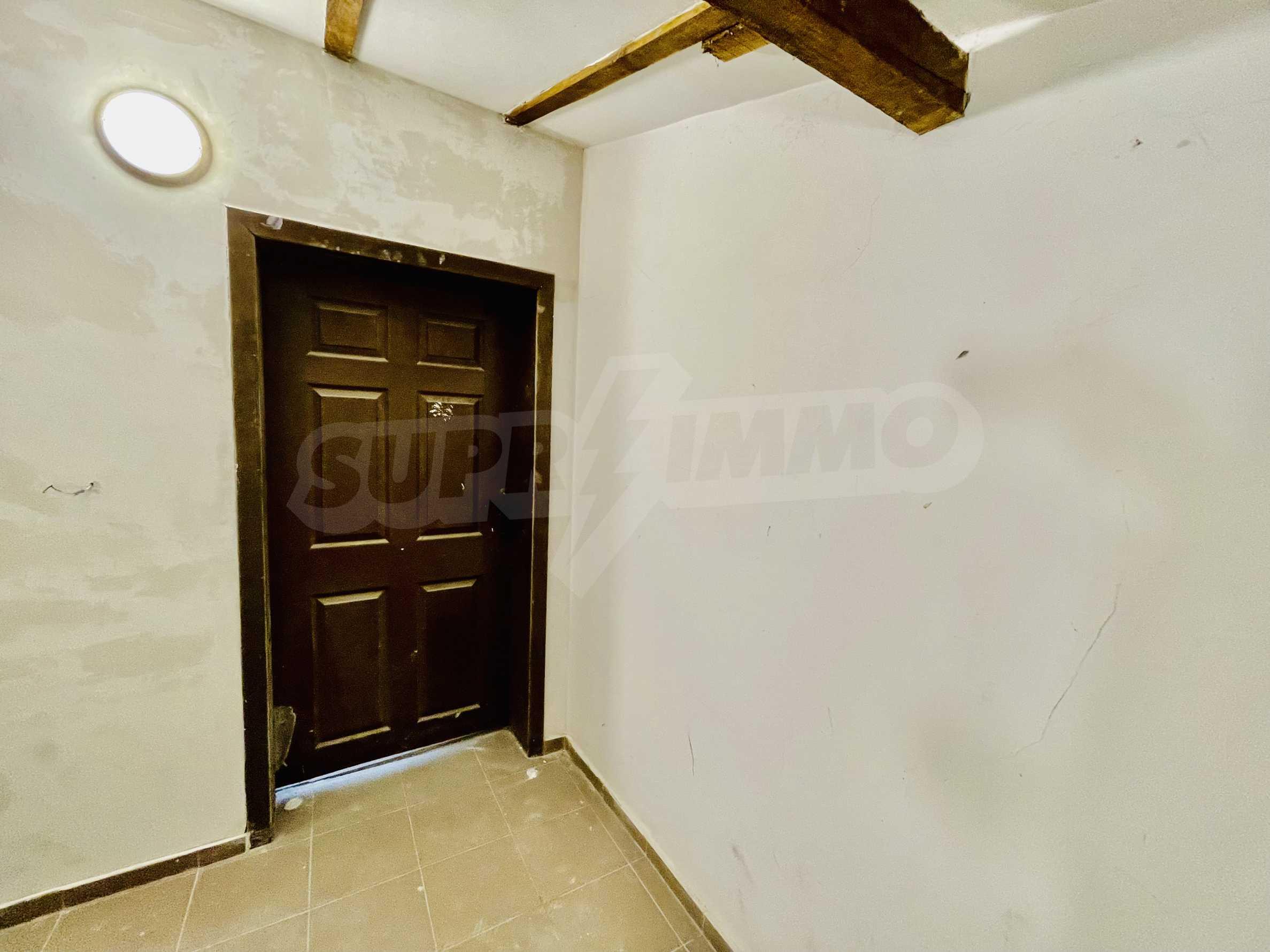 Ein-Zimmer-Wohnung mit Parkplatz und Lagerung in Arbanassi Architekturreservat 10