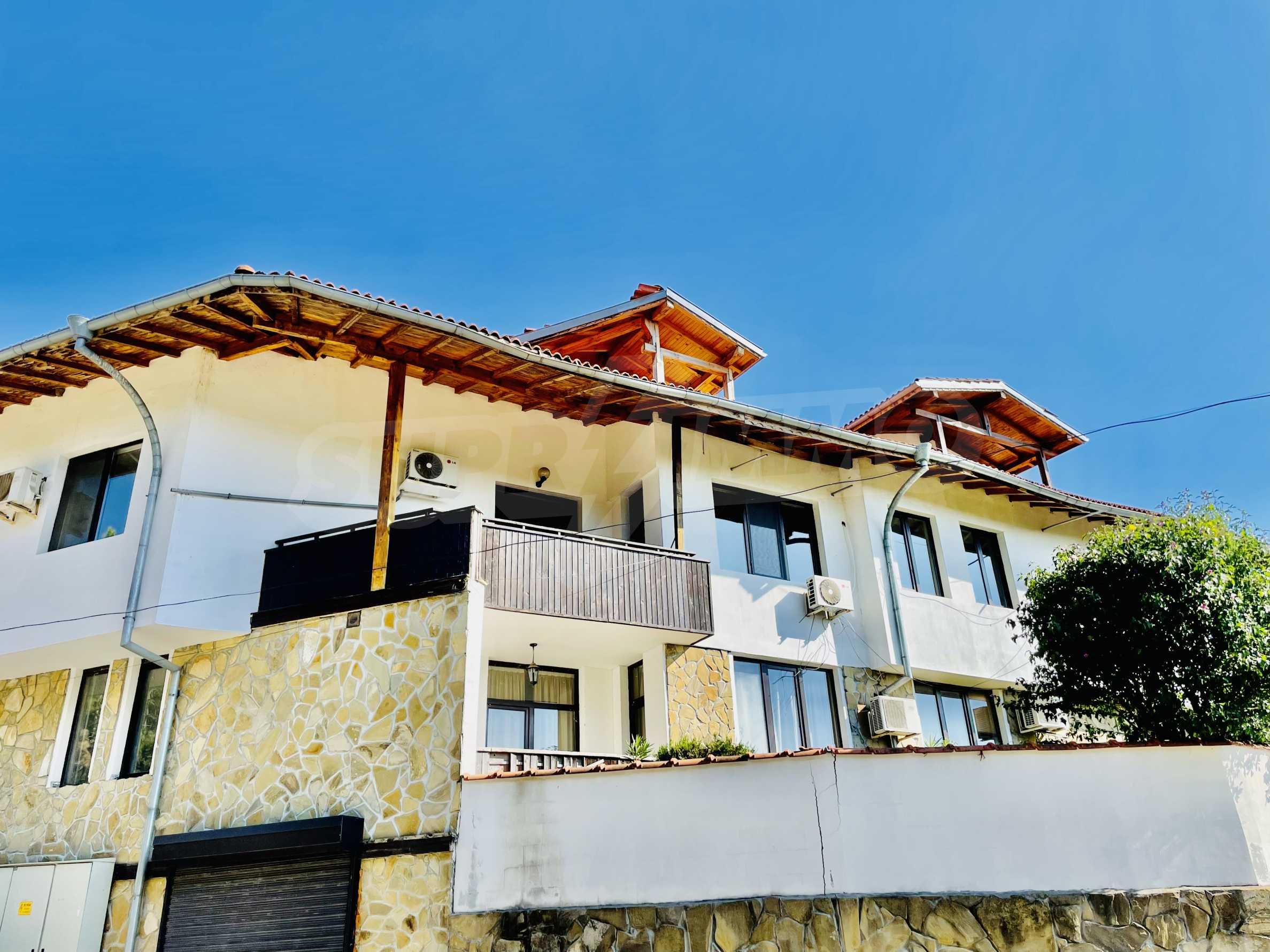 Ein-Zimmer-Wohnung mit Parkplatz und Lagerung in Arbanassi Architekturreservat 14