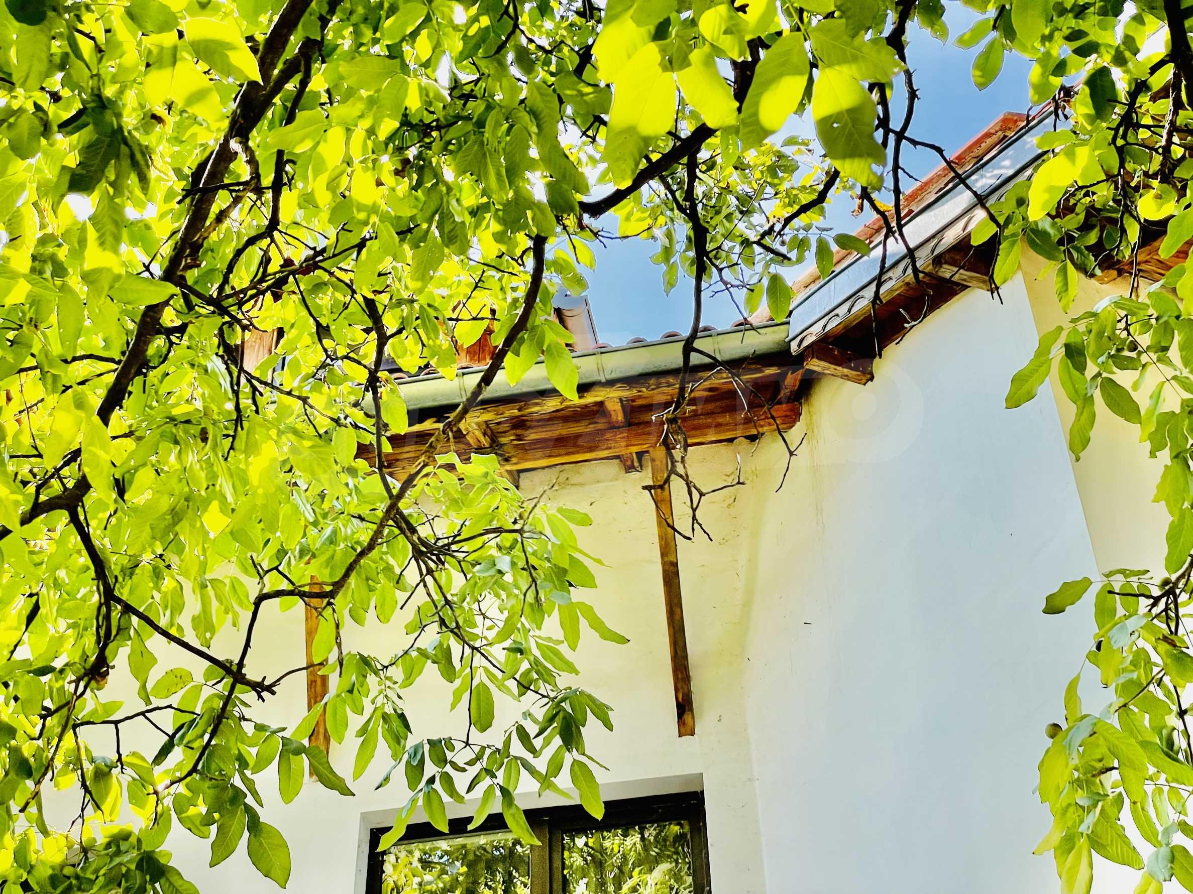 Ein-Zimmer-Wohnung mit Parkplatz und Lagerung in Arbanassi Architekturreservat 15