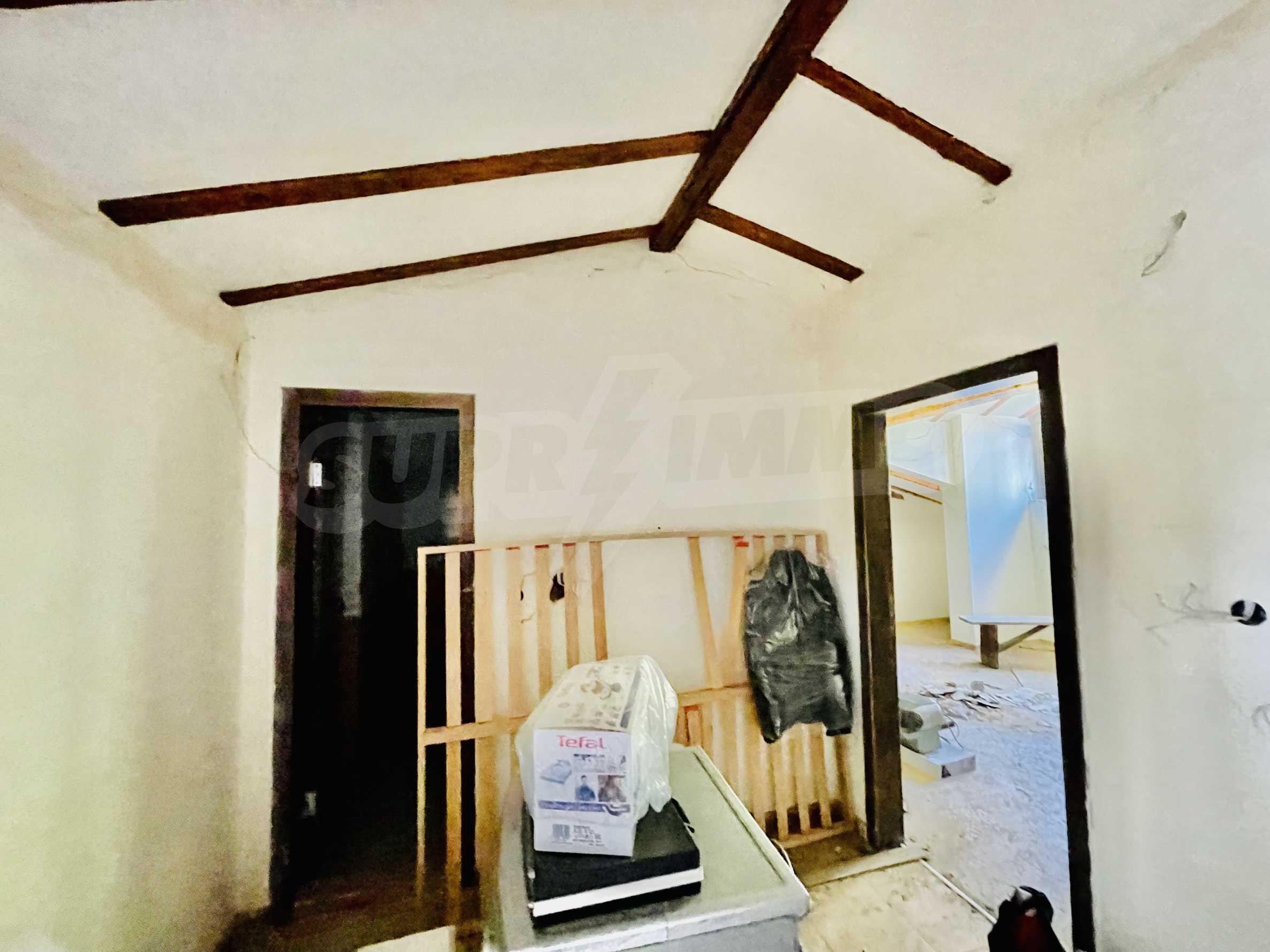 Ein-Zimmer-Wohnung mit Parkplatz und Lagerung in Arbanassi Architekturreservat 5