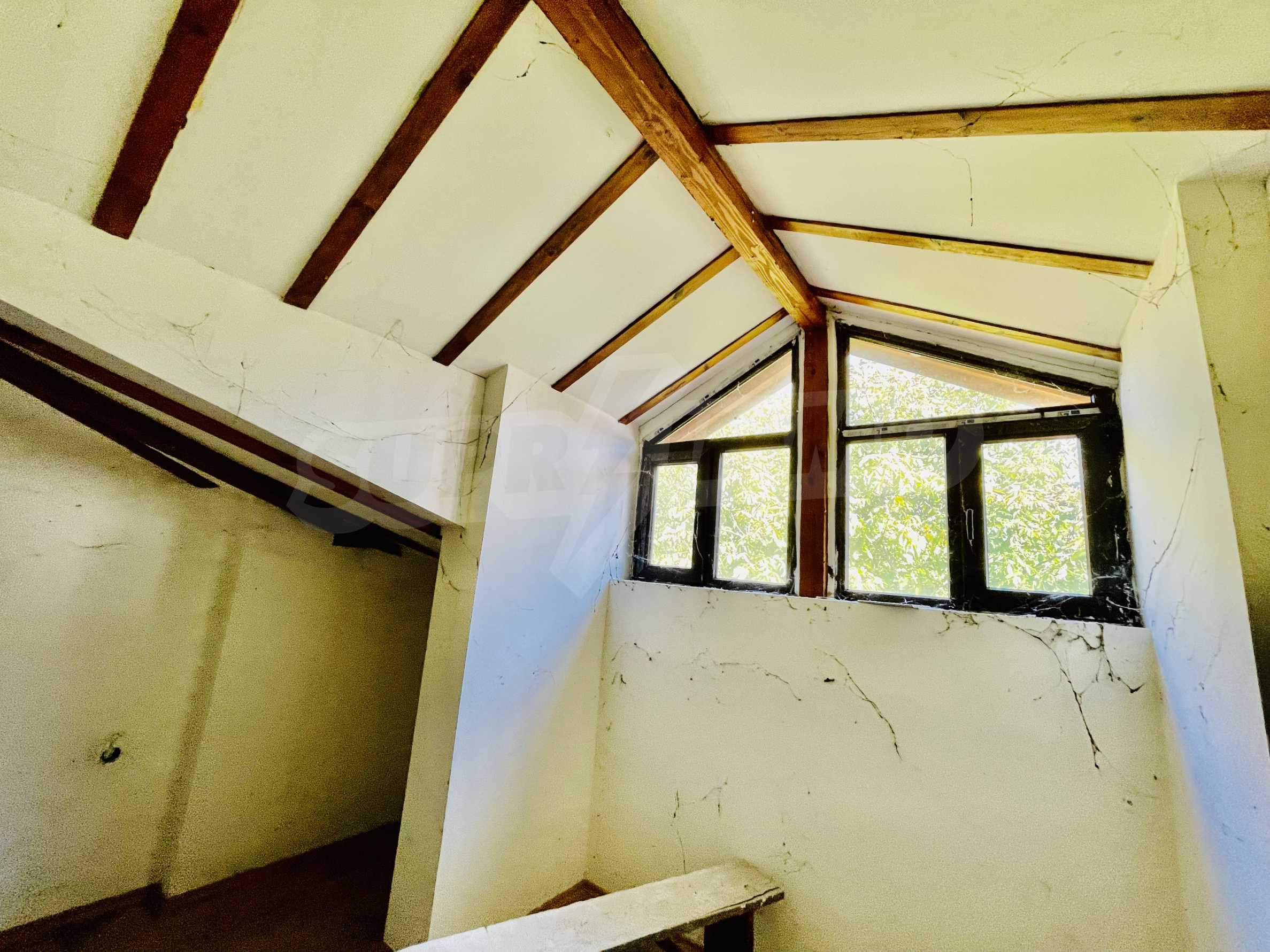 Ein-Zimmer-Wohnung mit Parkplatz und Lagerung in Arbanassi Architekturreservat 6