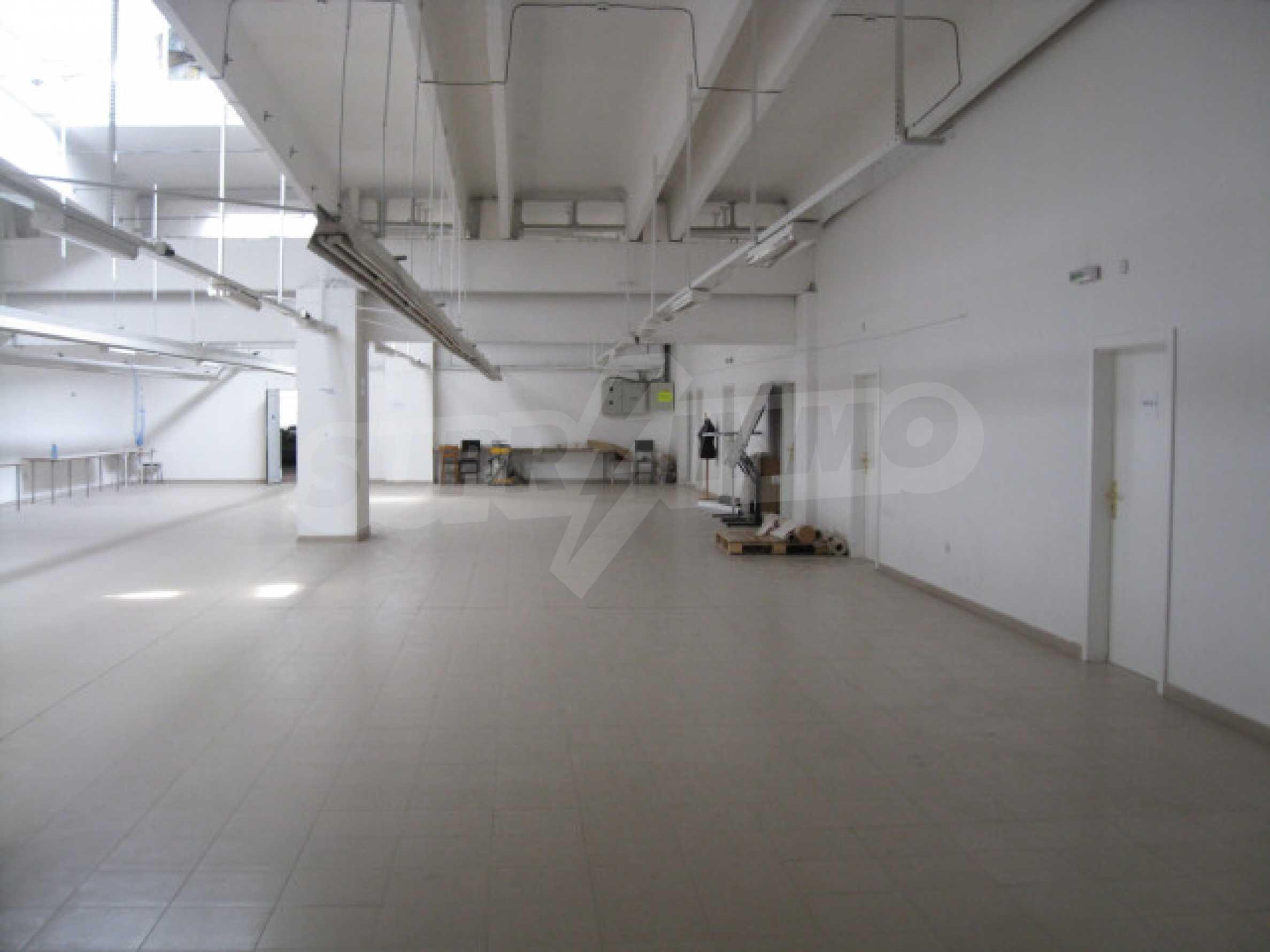 Производствена сграда в центъра на Благоевград 8