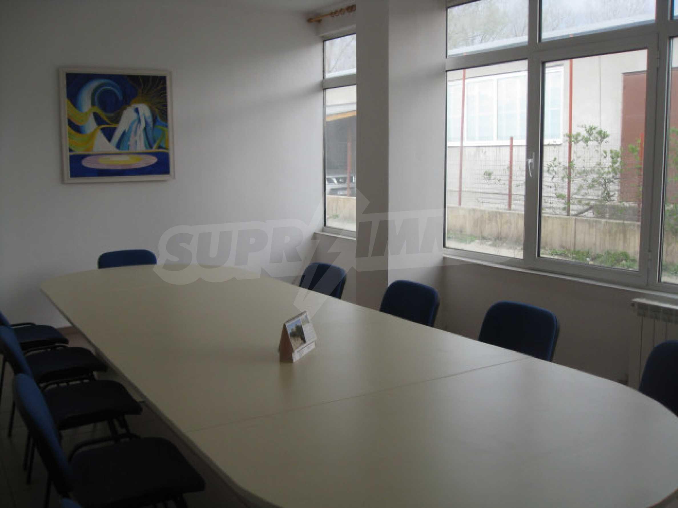Производствена сграда в центъра на Благоевград 6