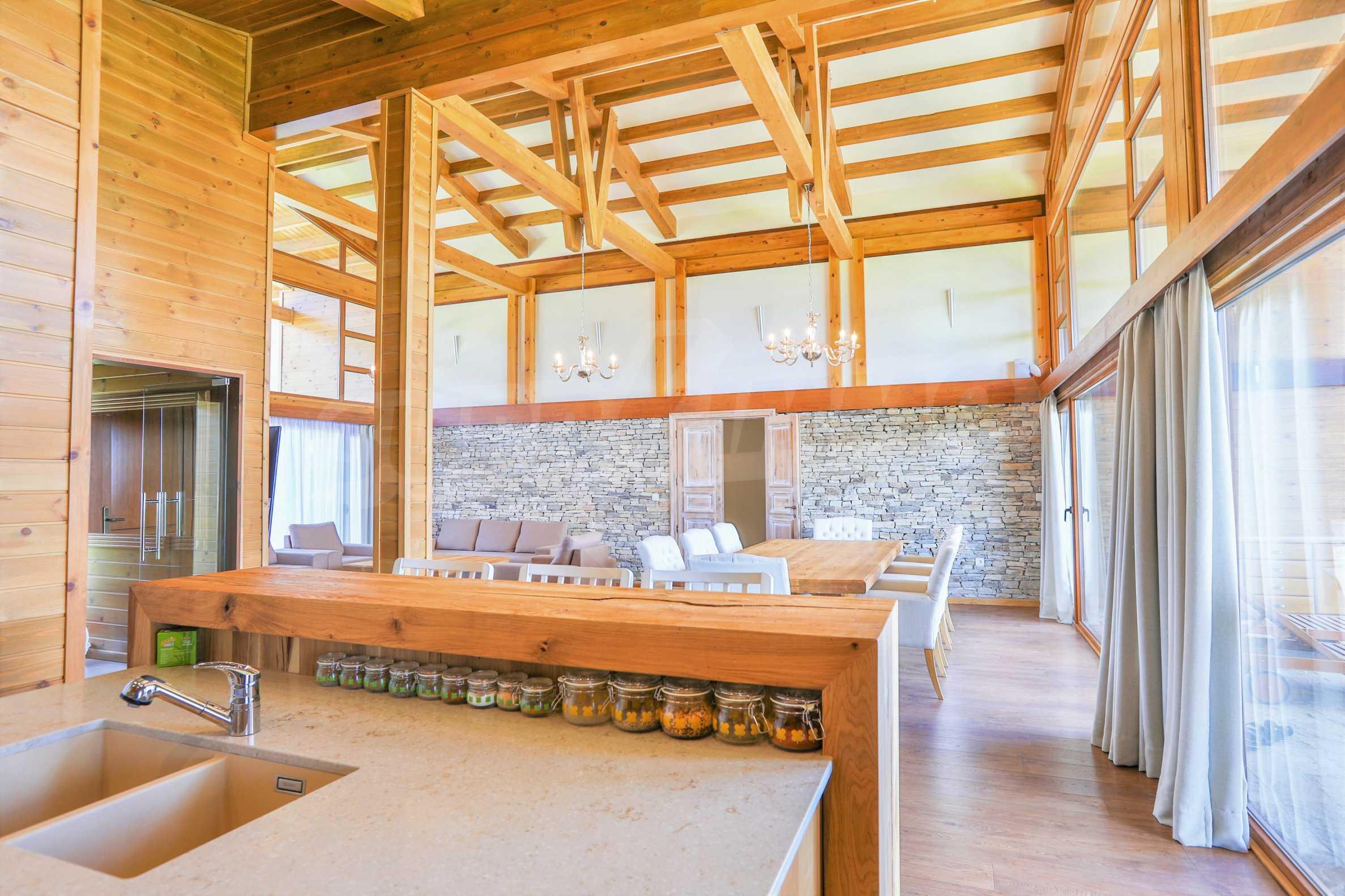 Луксозна вила под наем в  Pirin Golf & Country Club в сърцето на Пирин планина 9