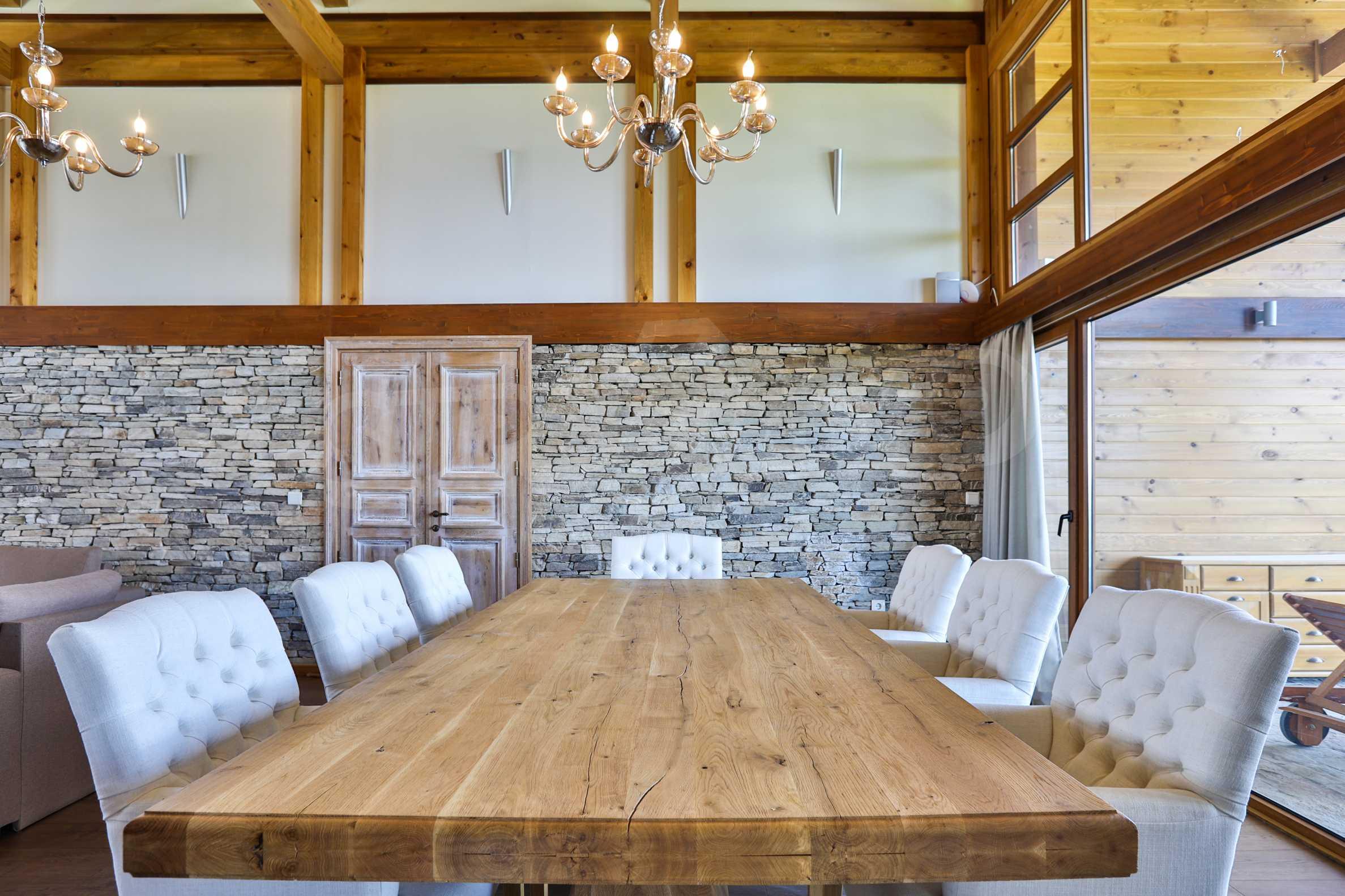 Луксозна вила под наем в  Pirin Golf & Country Club в сърцето на Пирин планина 13