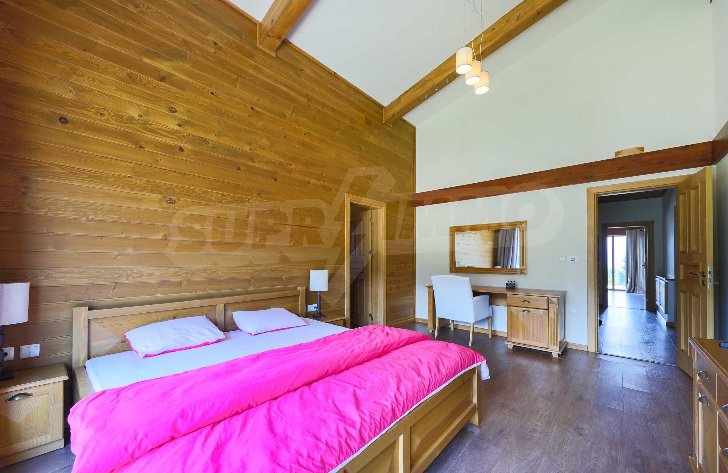 Луксозна вила под наем в  Pirin Golf & Country Club в сърцето на Пирин планина 23