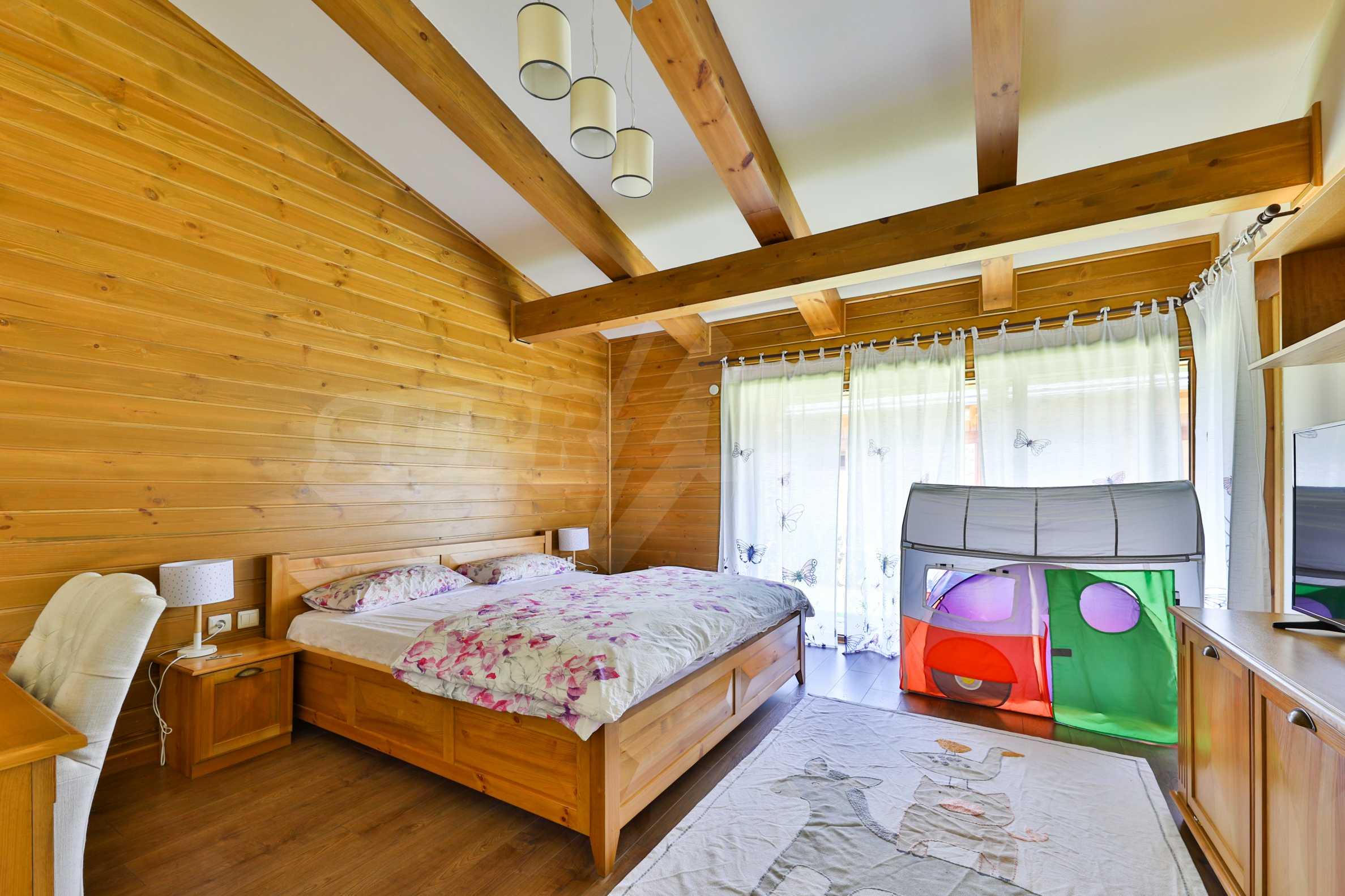 Луксозна вила под наем в  Pirin Golf & Country Club в сърцето на Пирин планина 28