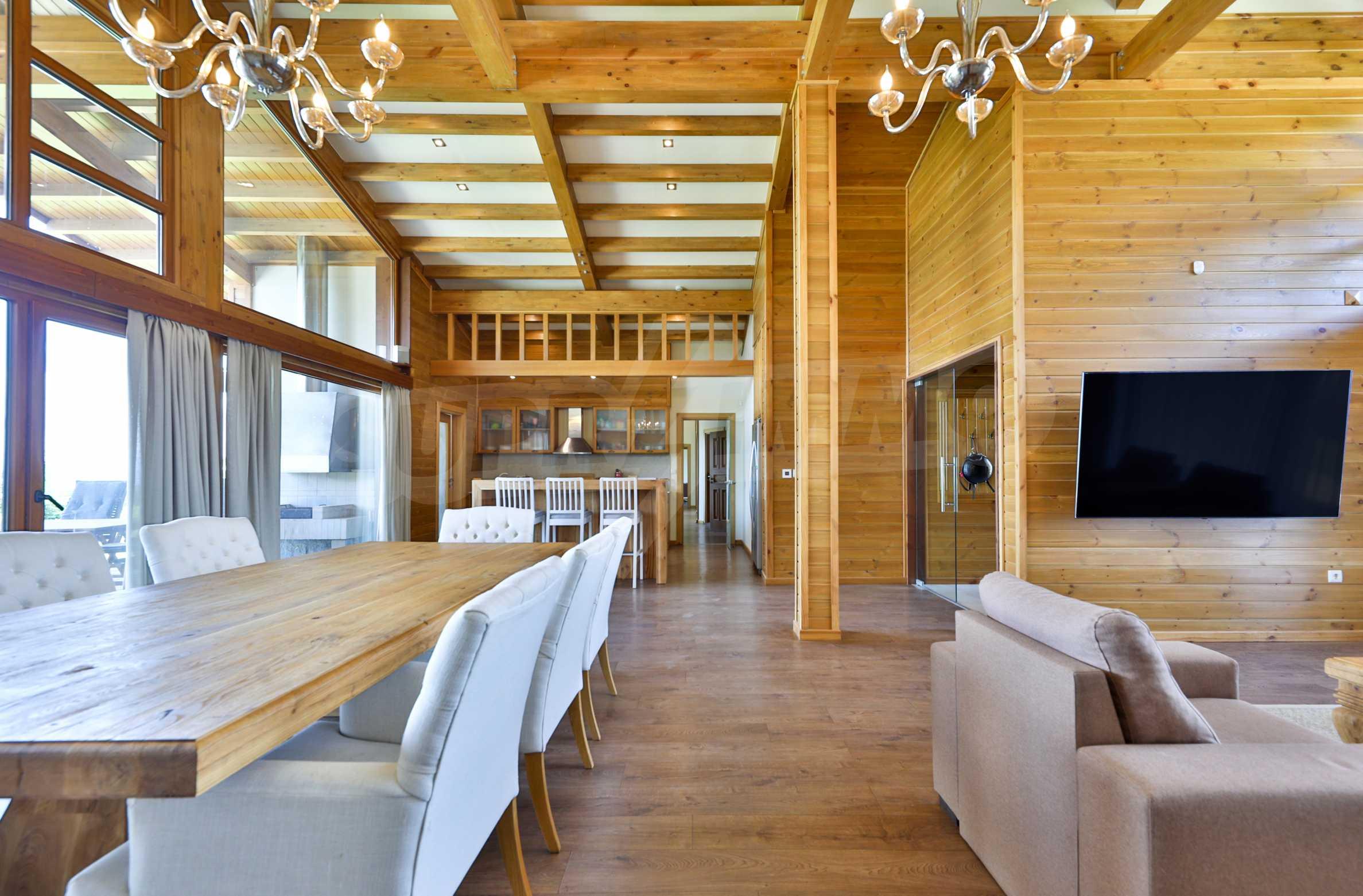 Луксозна вила под наем в  Pirin Golf & Country Club в сърцето на Пирин планина 30