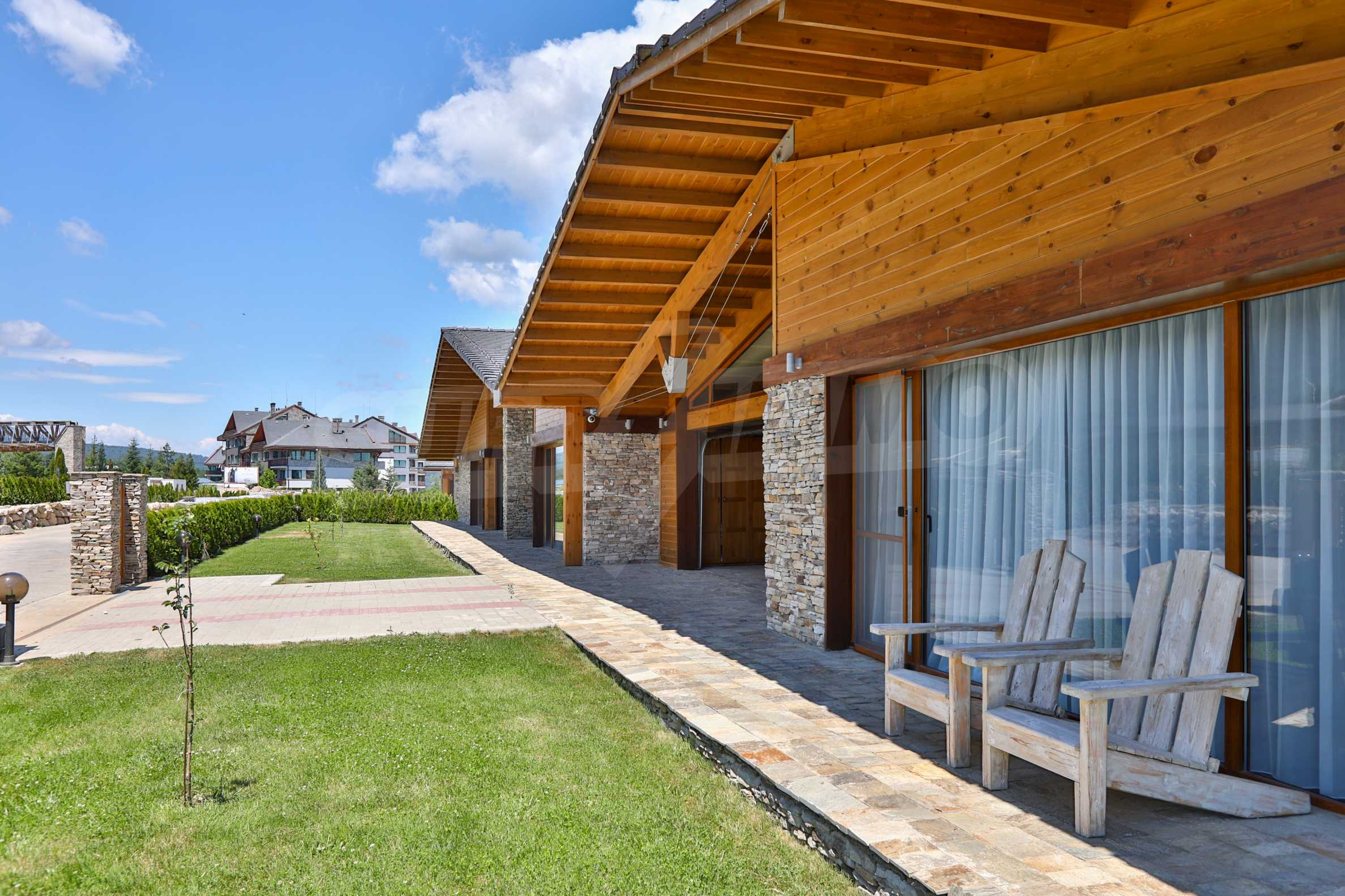 Луксозна вила под наем в  Pirin Golf & Country Club в сърцето на Пирин планина 5