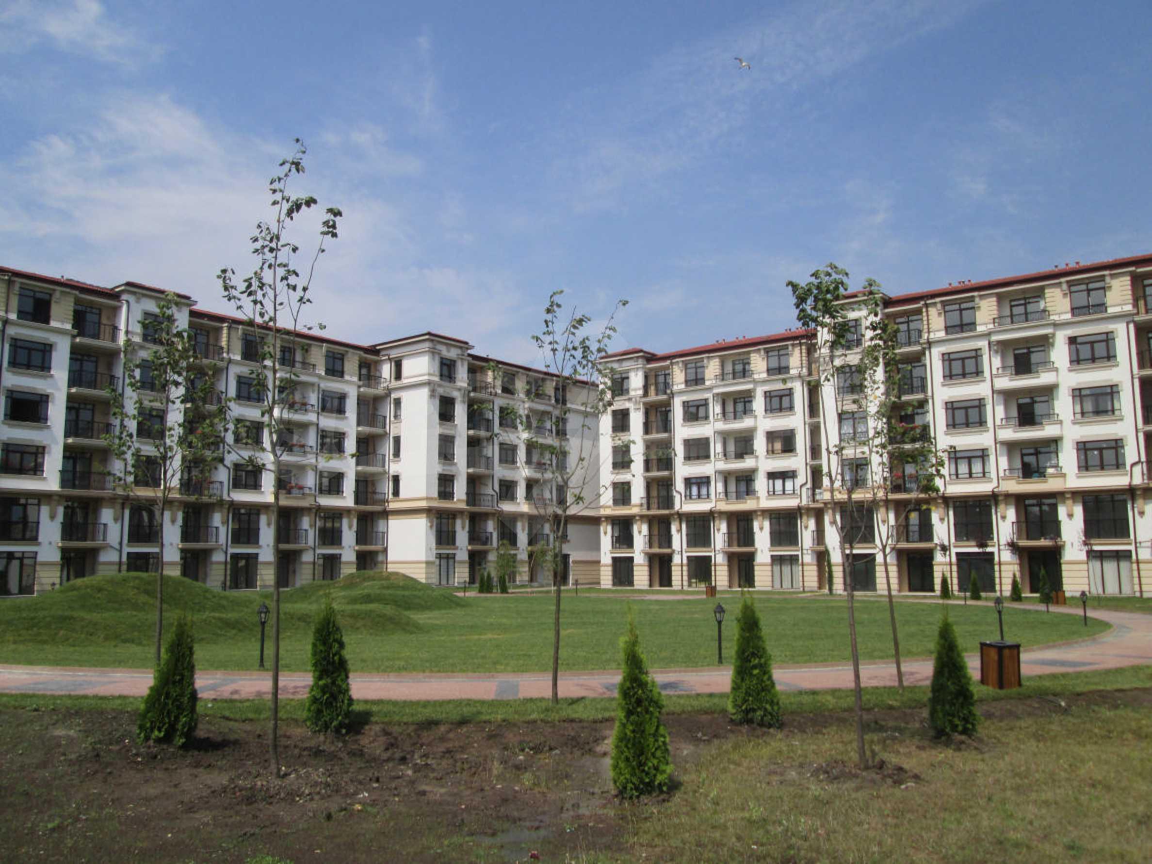 Aivazovsky Park 37