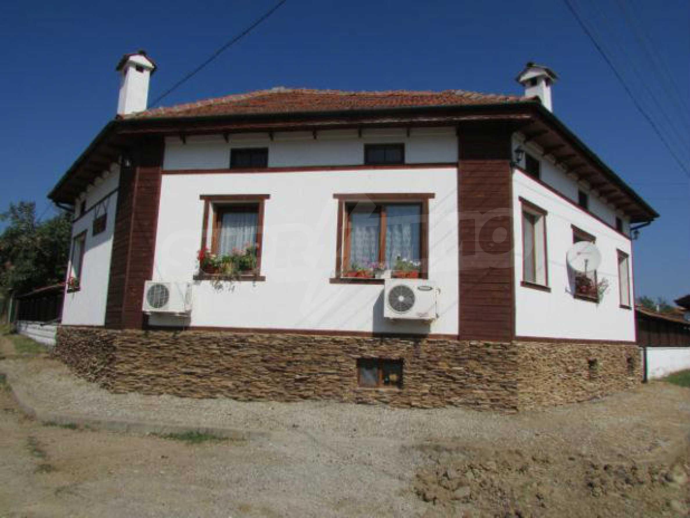 Schönes, gemütliches und komplett eingerichtetes Haus in Elena Balkan