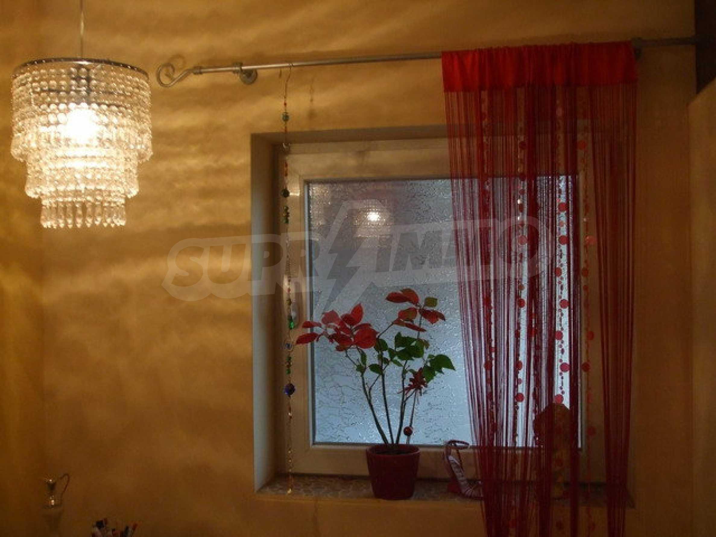 Новопостроена къща във вилната зона на град Севлиево 1