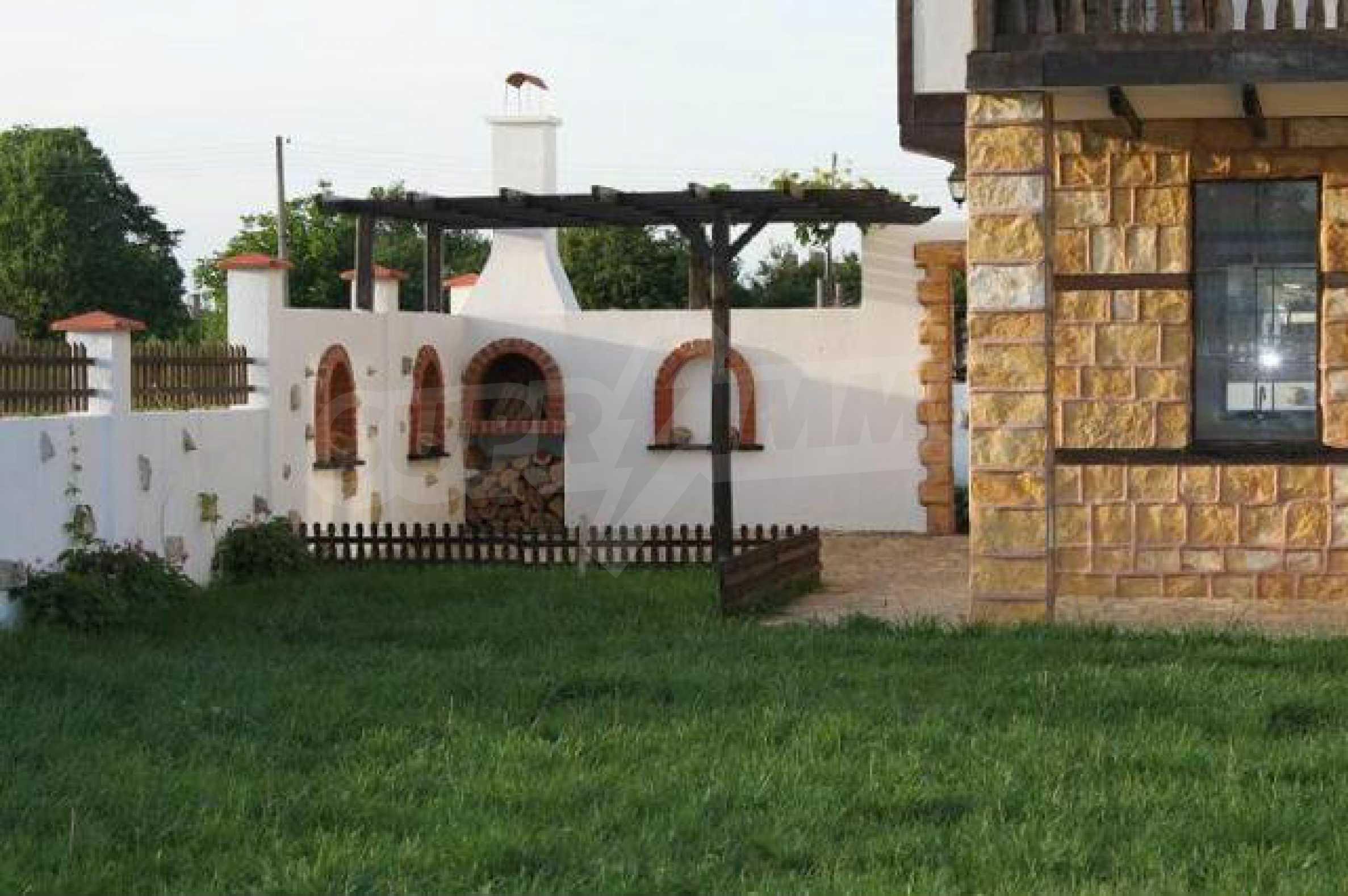 Neues zweistöckiges Haus 8 km von Baltschik entfernt 12