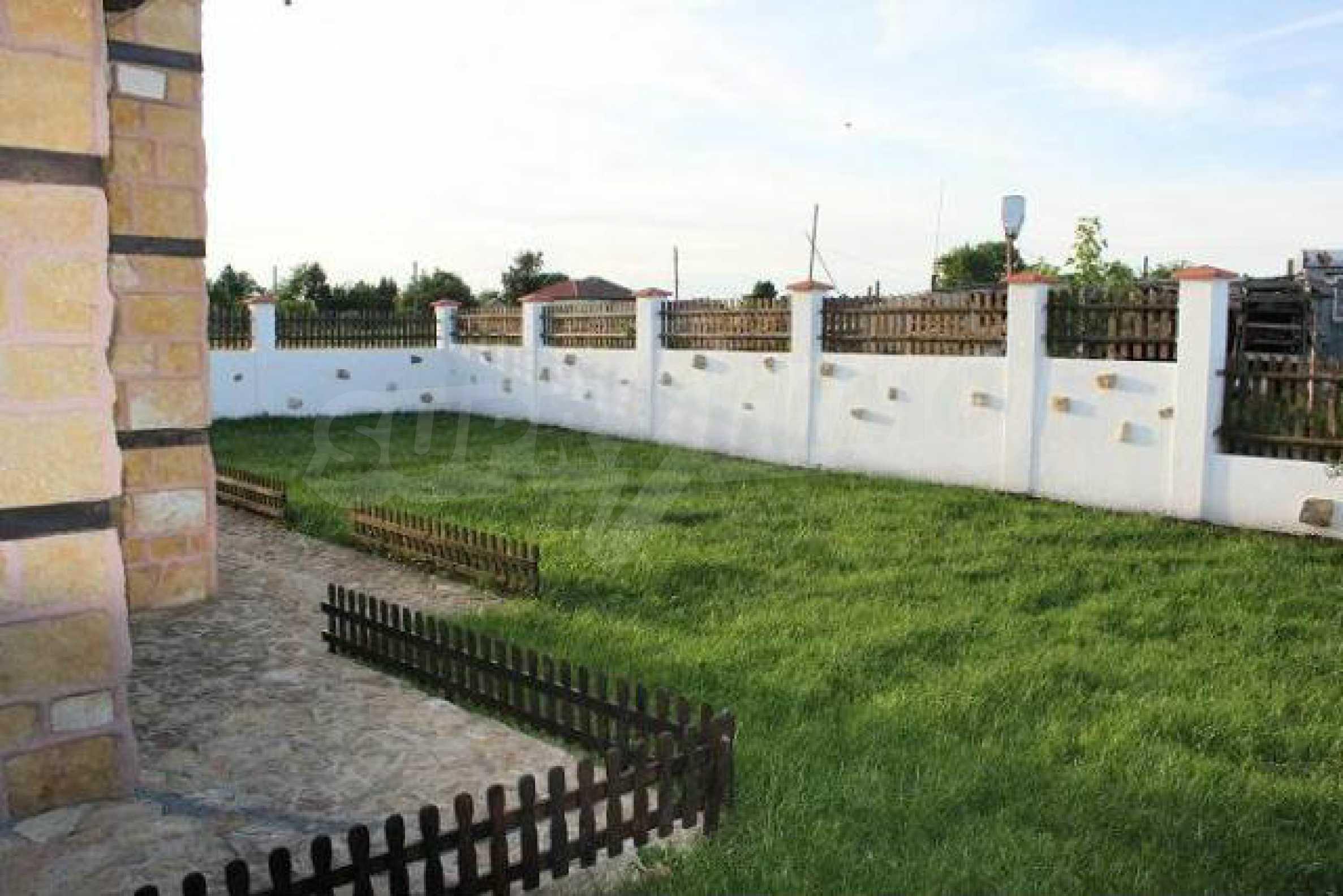 Neues zweistöckiges Haus 8 km von Baltschik entfernt 20