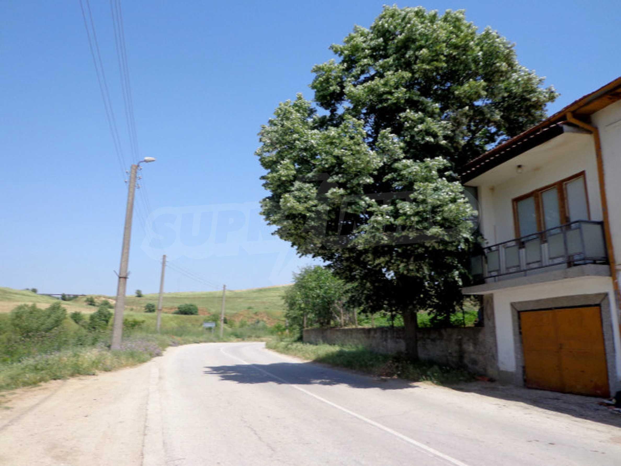Grundstück zum Verkauf in einem malerischen Dorf 12 km von Sandanski entfernt 8