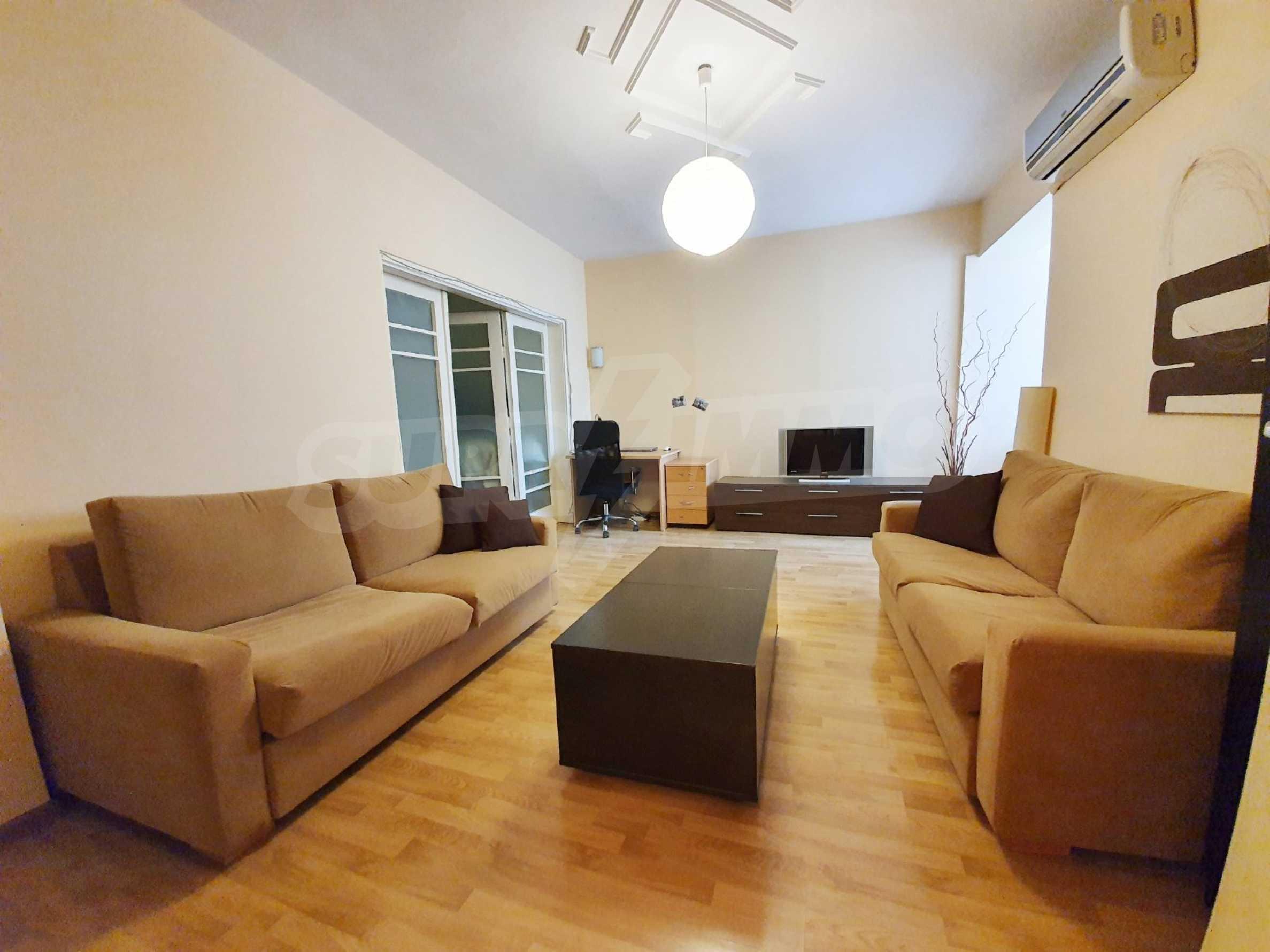 """Zwei-Zimmer-Wohnung \ """"Captain \"""" - zu vermieten im Zentrum von Varna"""