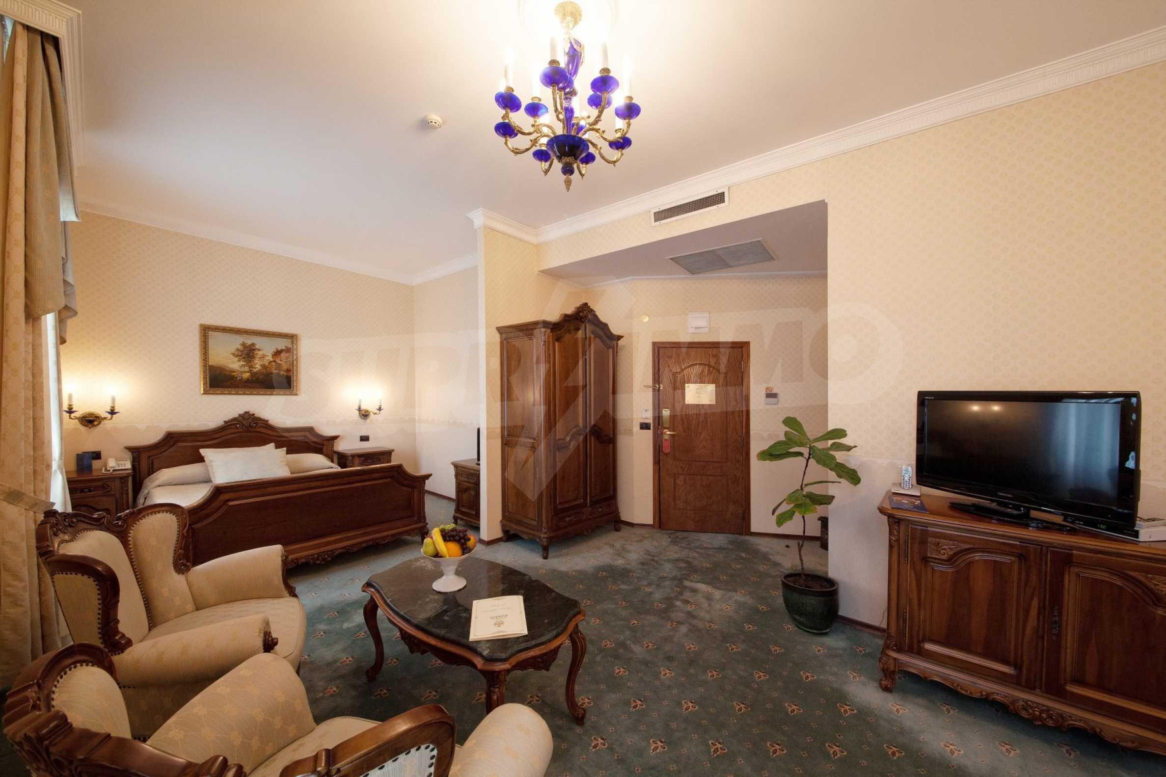 Fünf-Sterne-Hotel 2
