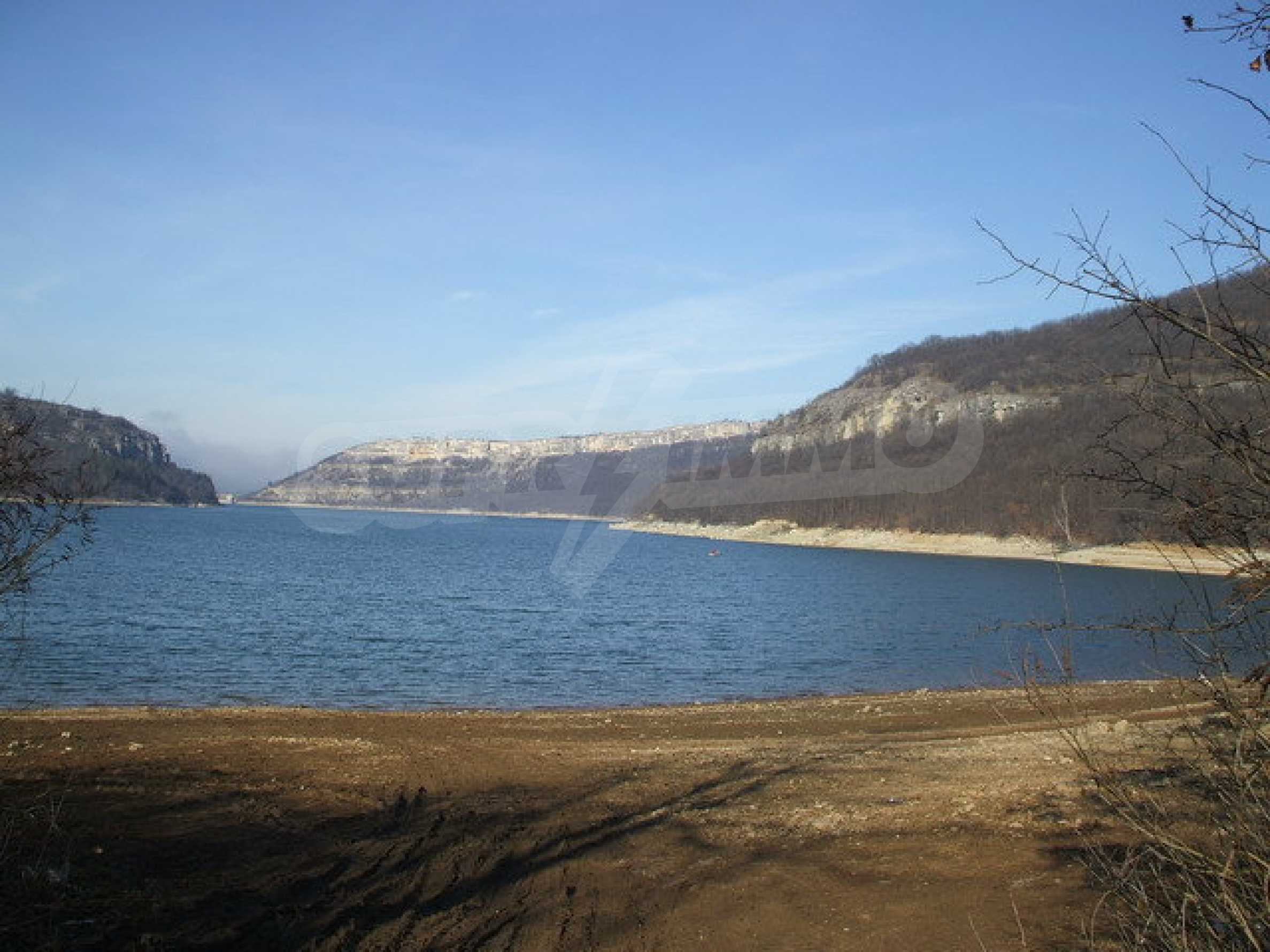 Land in regulation near Lake Alexander Stamboliyski 3